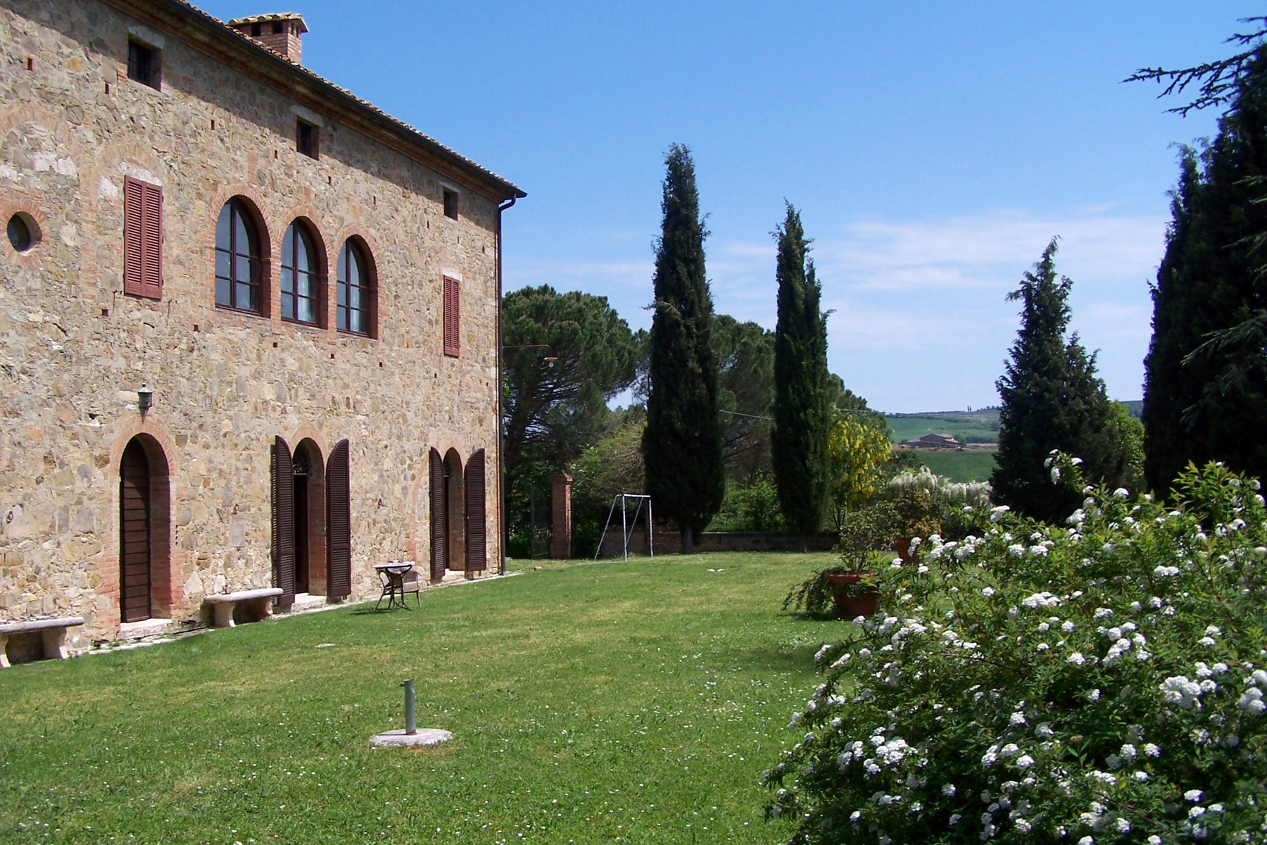 独户住宅 为 销售 在 Beautiful XVI century villa in Siena countryside Montalcino-Val D'Orcia 蒙塔尔奇诺, 锡耶纳, 53024 意大利