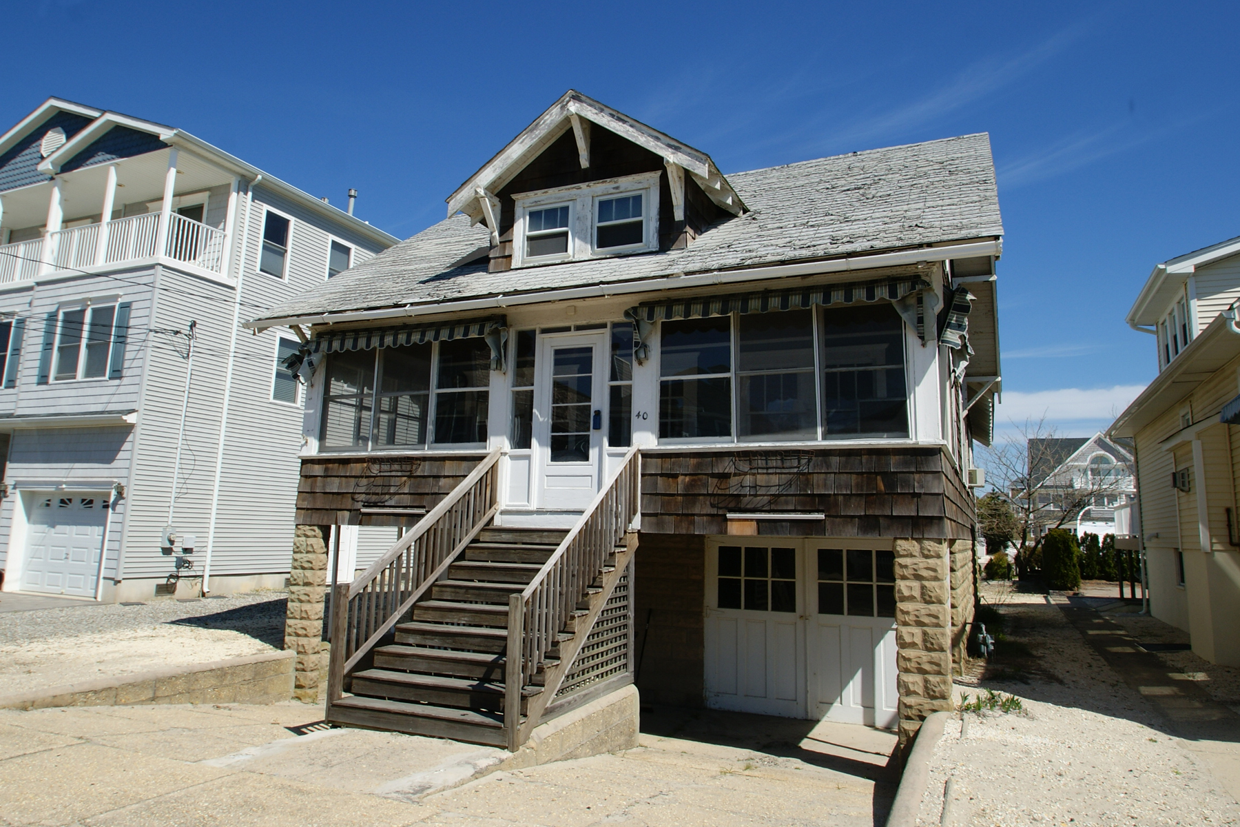 Maison unifamiliale pour l Vente à Normandy Beach Ocean Block Home 40 3rd Avenue Normandy Beach, New Jersey, 08739 États-Unis