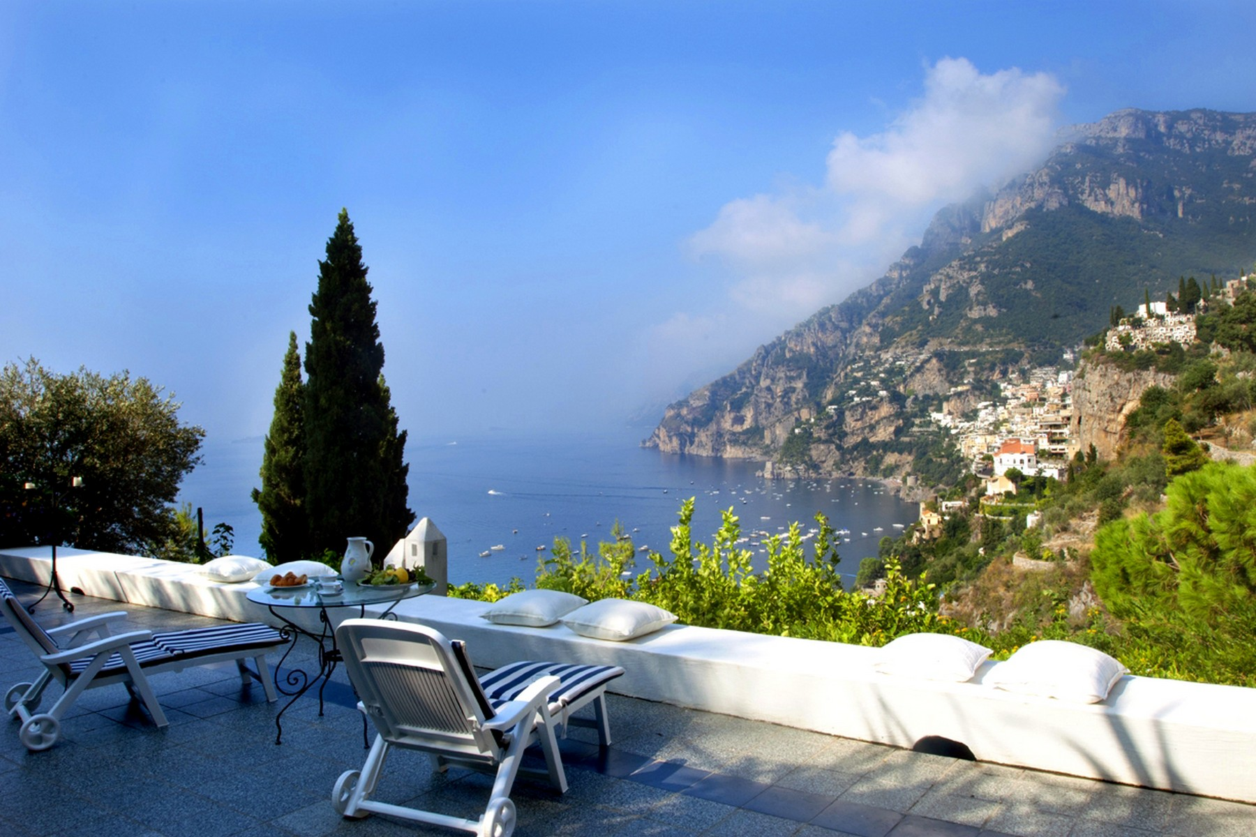 Additional photo for property listing at Exclusive panoramic villa in Positano Positano, Salerno Italien
