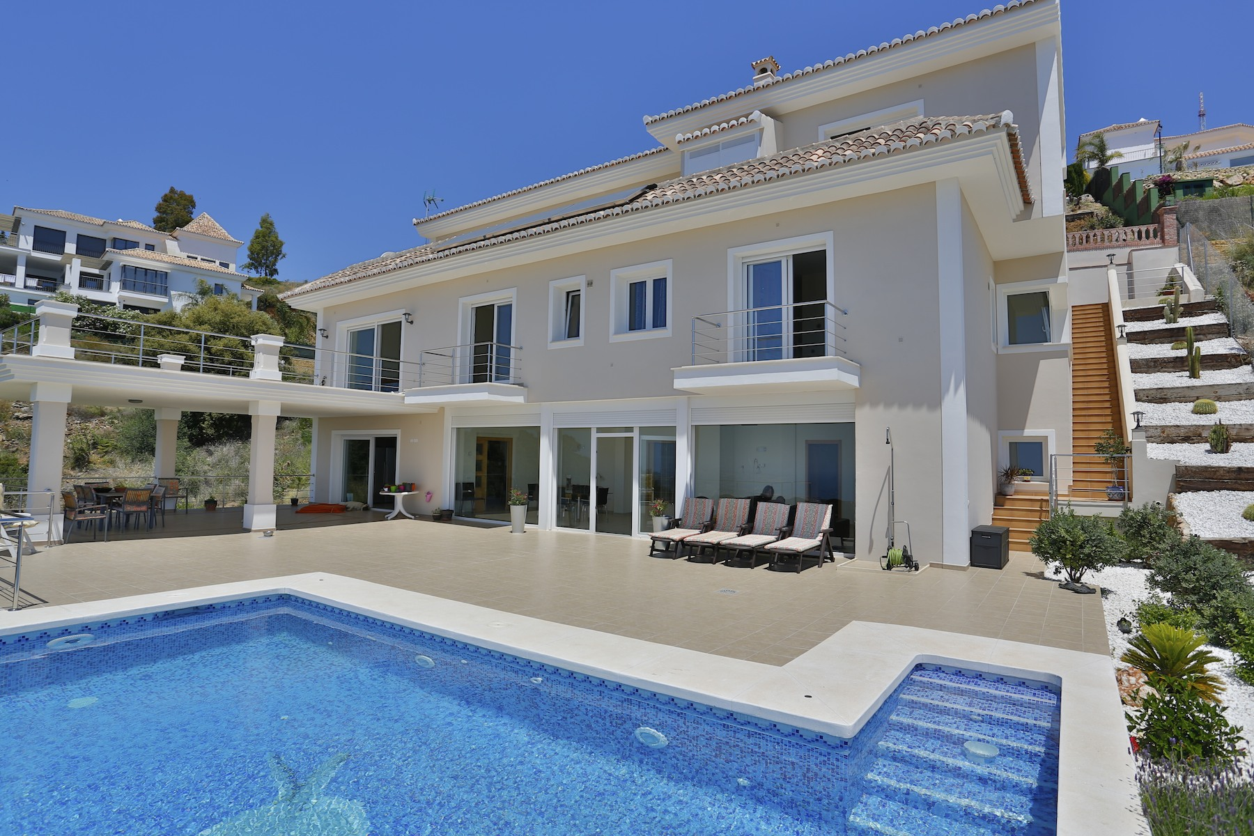 獨棟家庭住宅 為 出售 在 Modern Style villa Altos de Los Monteros Marbella, Costa Del Sol, 29600 西班牙