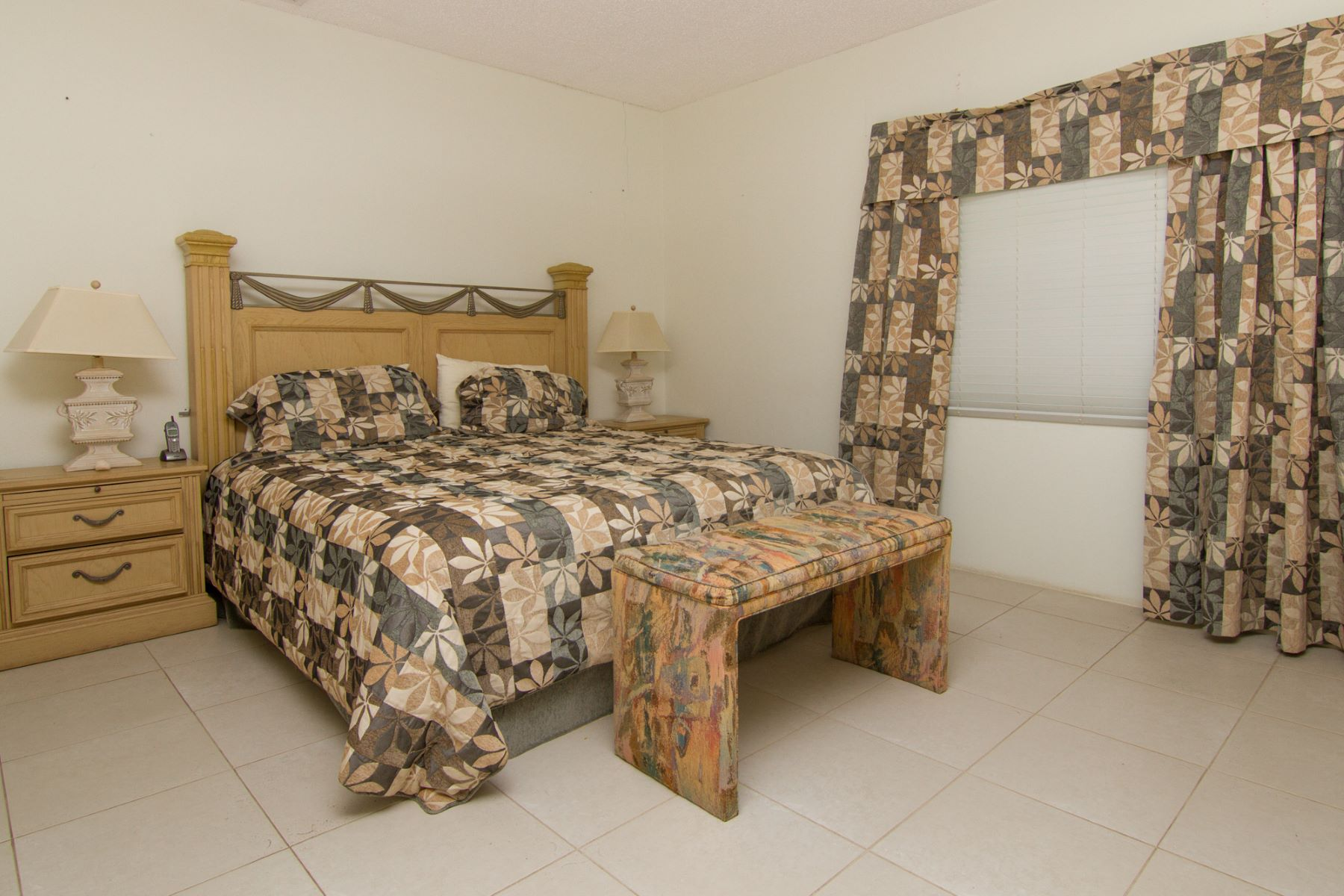 Additional photo for property listing at Plantation Home Satinwood St #47 George Town,  KY1 Cayman Islands