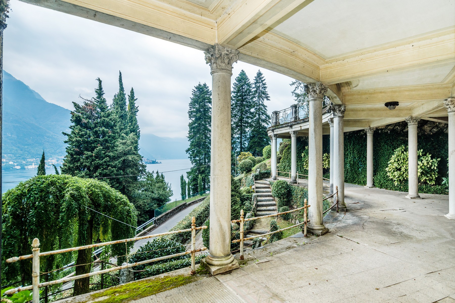 Additional photo for property listing at Distinguished panoramic XIXth century villa Via alle Rive Faggeto Lario, Como 22020 Italy