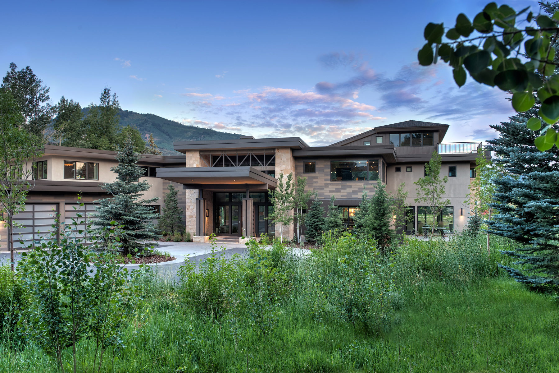 Maison unifamiliale pour l Vente à Exquisite Contemporary Estate 1334 Lucky John Dr Park City, Utah, 84060 États-Unis