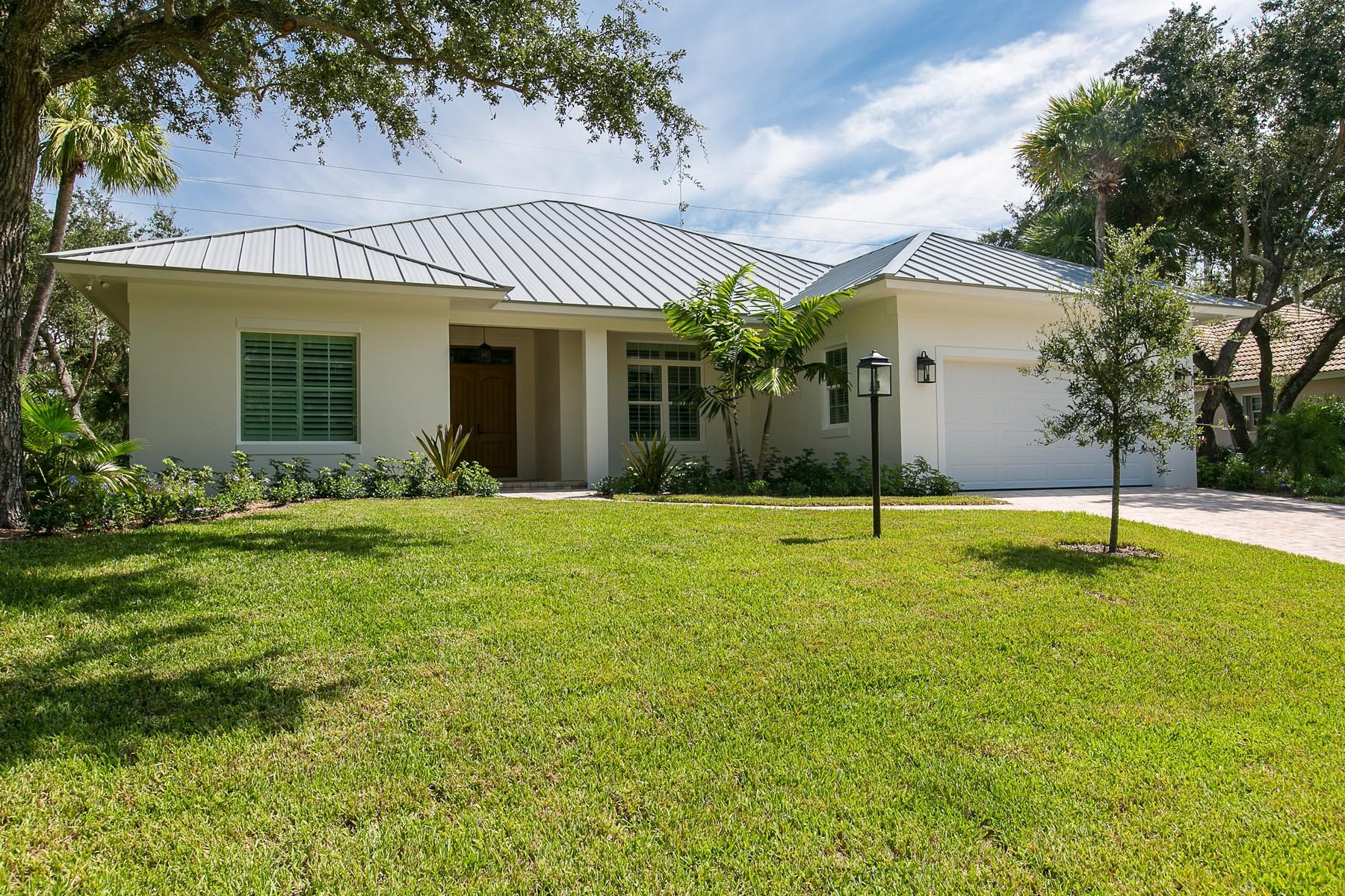 Casa Unifamiliar por un Venta en To be Constructed Home on Corner in Golf Course Community 5700 Glen Eagle Lane Vero Beach, Florida, 32967 Estados Unidos