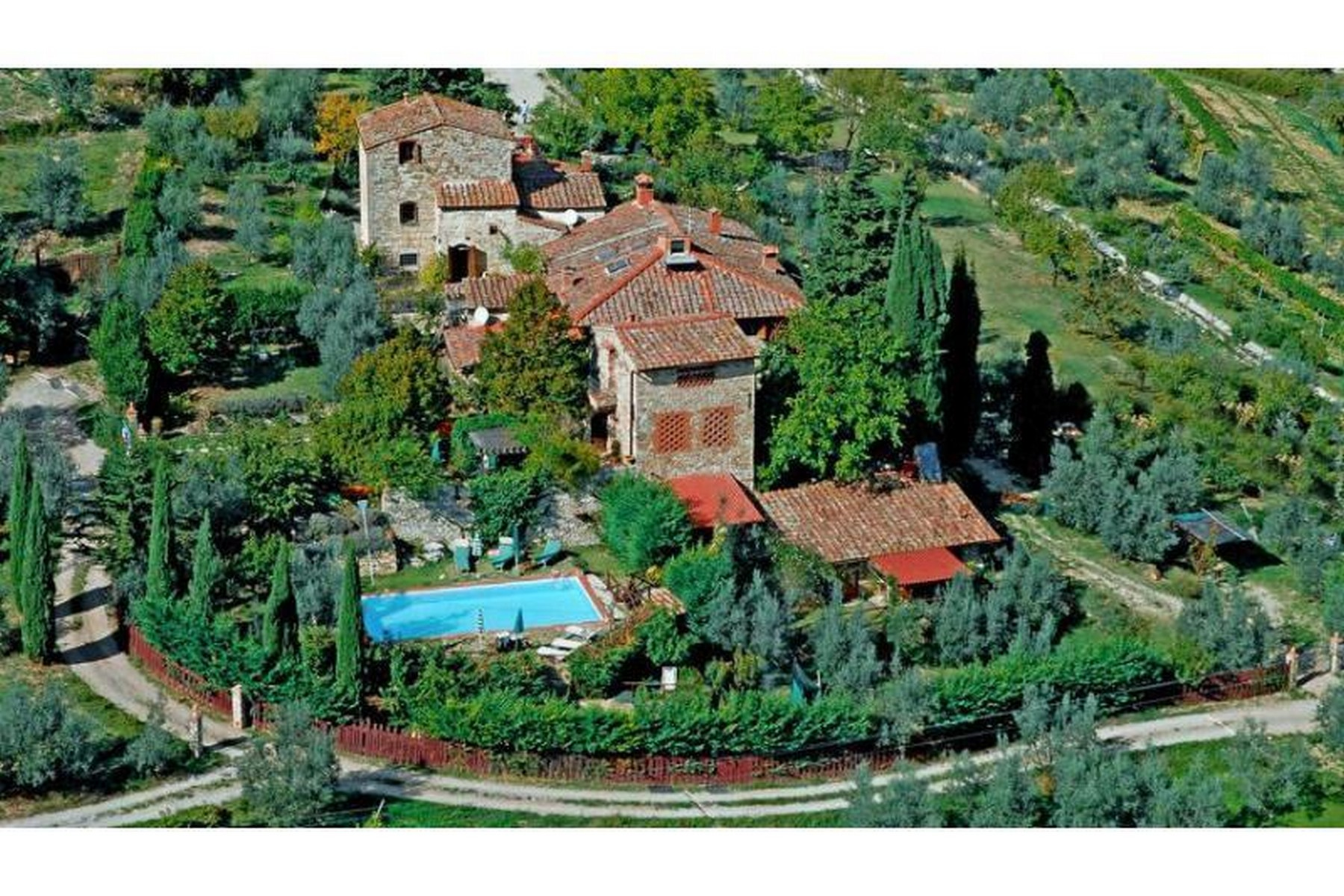 Additional photo for property listing at Lovely hamlet near Greve in Chianti Via San Cresci Greve In Chianti, Florence 50022 Italy