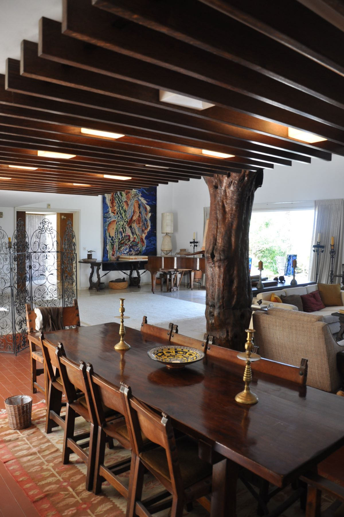 Additional photo for property listing at The Property of the famous Artist Reuven Rubin  Caesarea, Israel 3088900 Israel