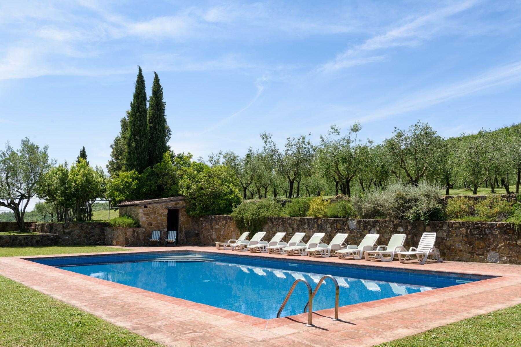 Maison unifamiliale pour l Vente à Country retreat in Chianti Aretino Pergine Valdarno, Arezzo Italie