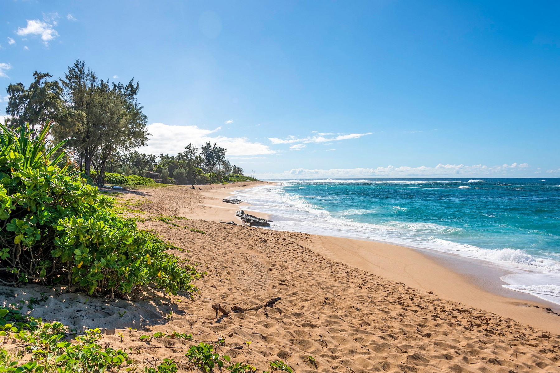 Single Family Home for Sale at Custom North Shore Gem 58-160 Napoonala Pl Haleiwa, Hawaii, 96712 United States