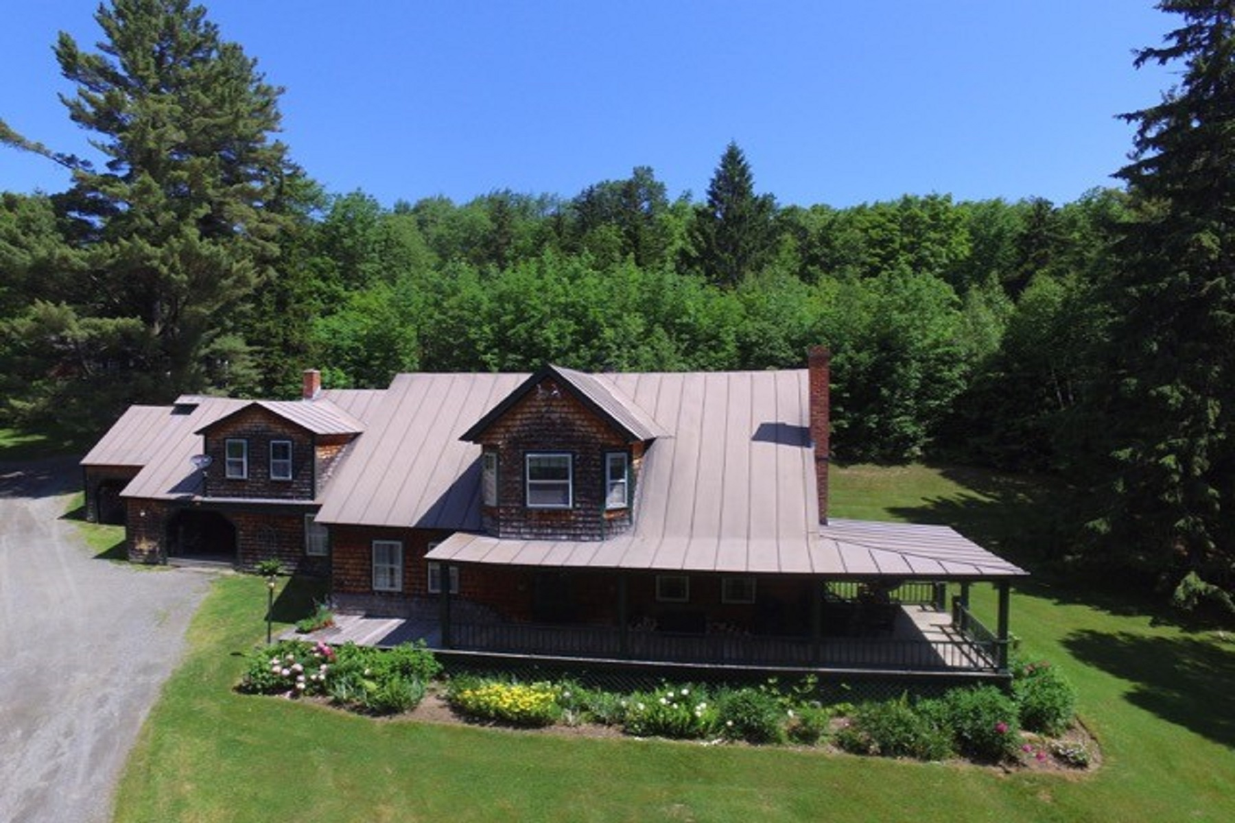 Single Family Home for Sale at Craven Farm 1700 Lakota Road Barnard, Vermont 05031 United States