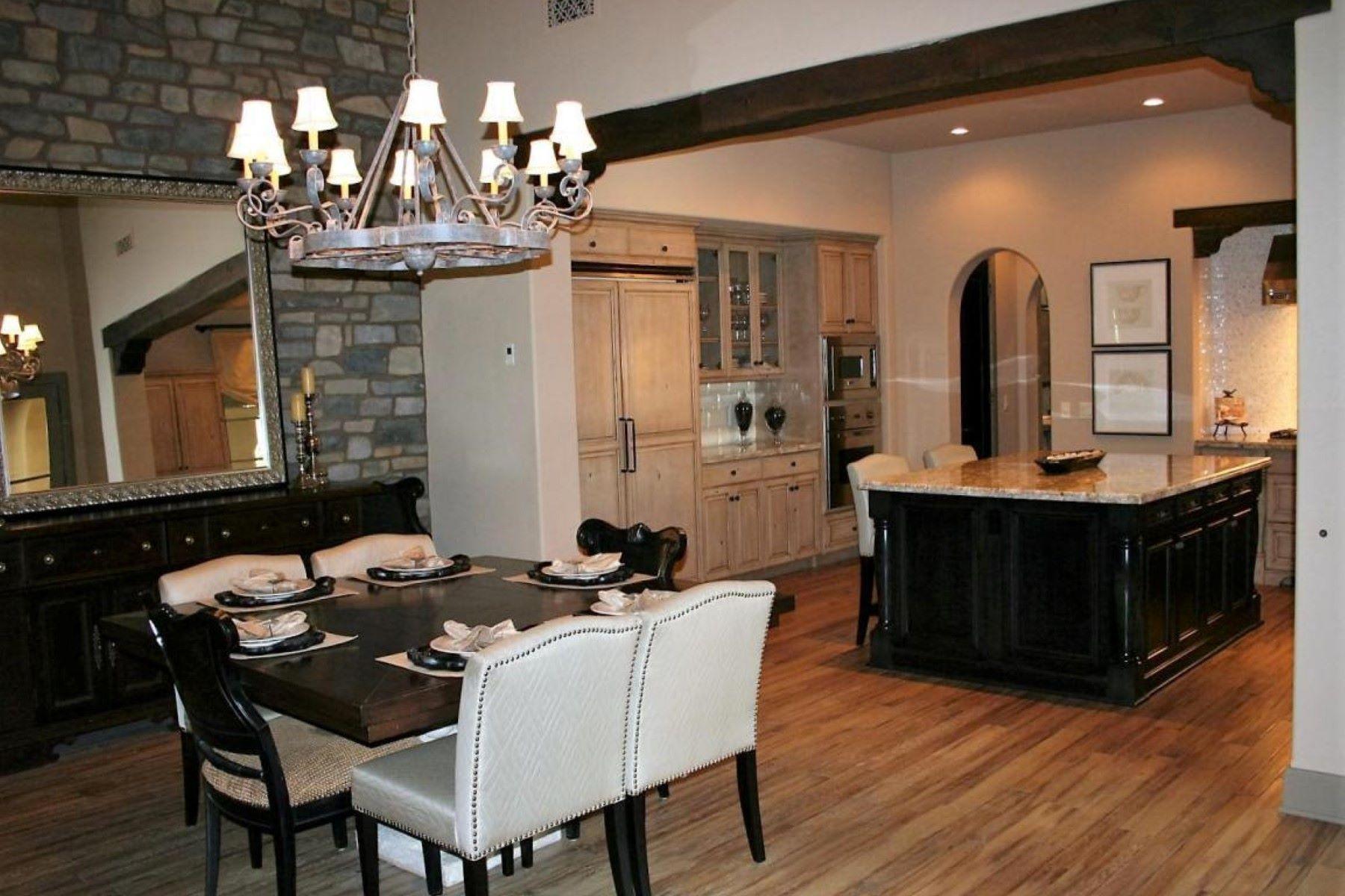 타운하우스 용 매매 에 Gorgeous former Park Villa model located on Jacaranda Park 19992 N 101st Pl Scottsdale, 아리조나, 85255 미국