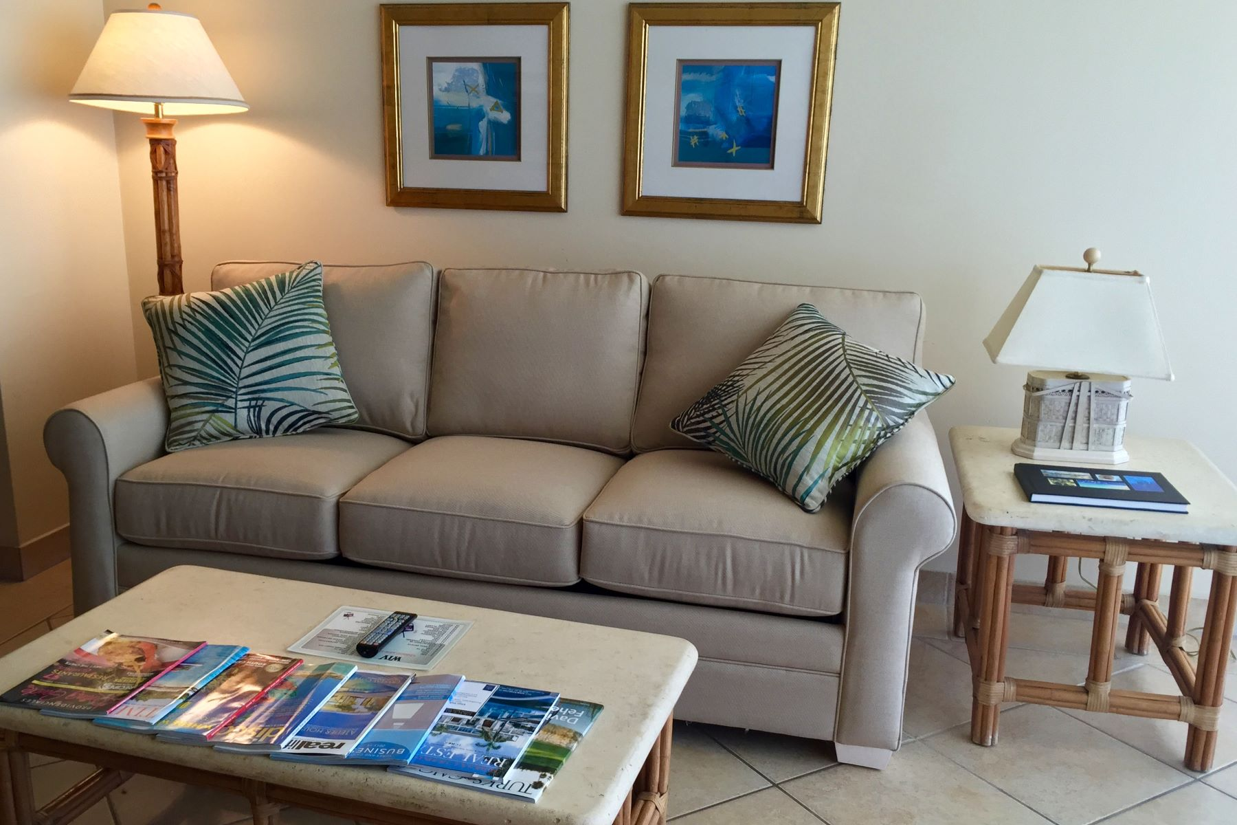 Additional photo for property listing at Coral Gardens - Suite 4304 Beachfront Grace Bay, Providenciales TC Islas Turcas Y Caicos