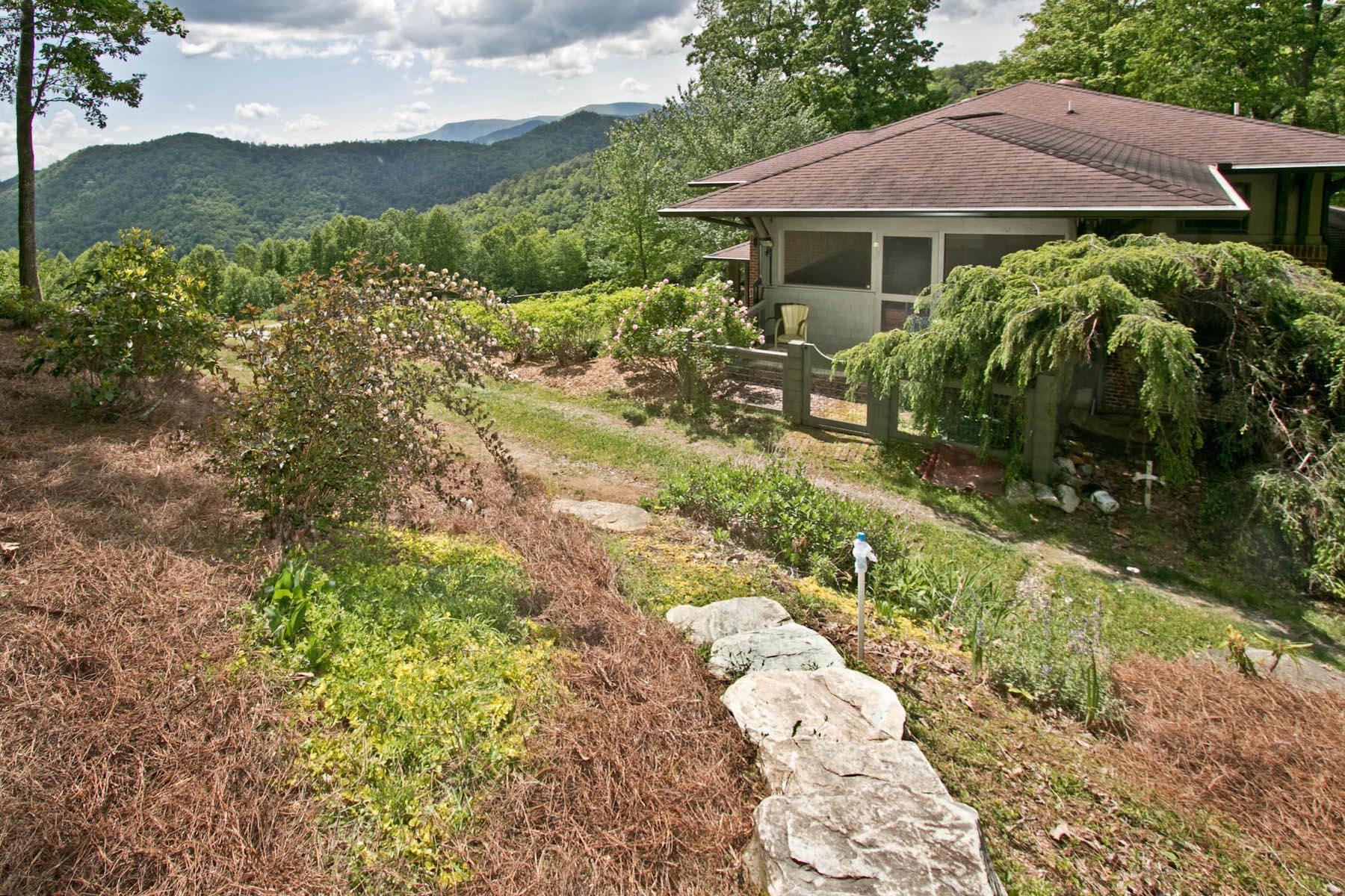 Terreno por un Venta en 712 Lost Valley Road Scaly Mountain, Carolina Del Norte, 28755 Estados Unidos
