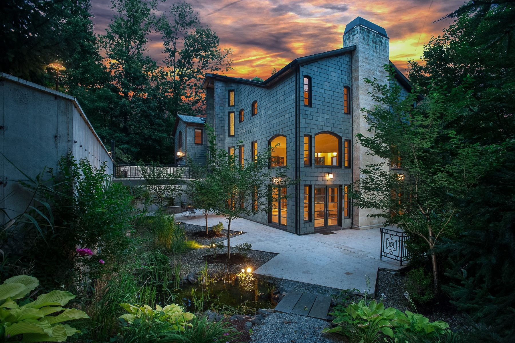 Single Family Home for Sale at Architectural Masterpiece 834 Johnston Drive Watchung, 07069 United States