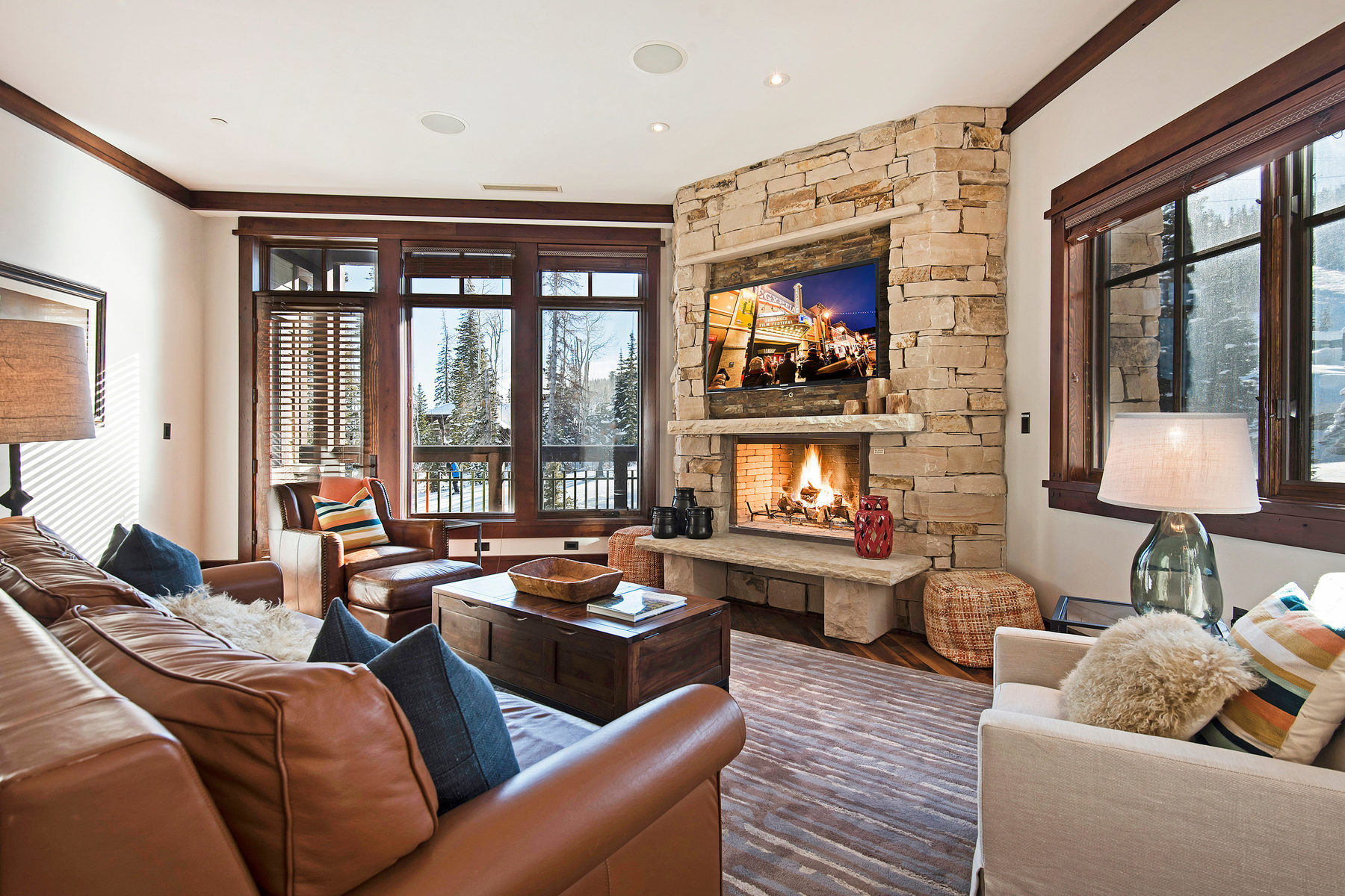 Copropriété pour l Vente à Ski In Ski Out Luxury Deer Valley Condo with Talisker Club Base Membership 8880 Empire Club Dr #212 Park City, Utah, 84060 États-Unis