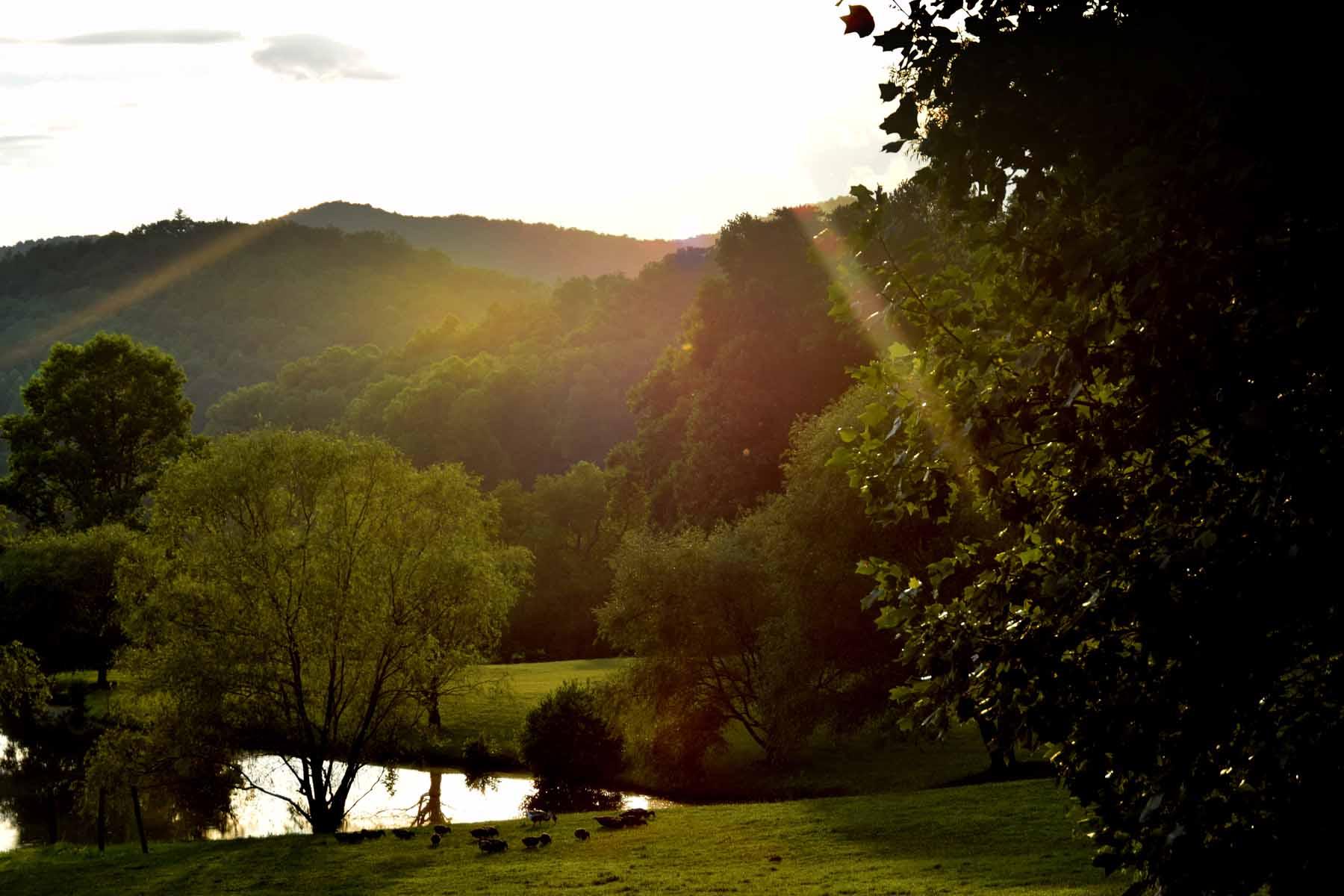 Terreno para Venda às Ridgetop parcel with Phenomenal valley and mountain views. 0 Canaan Valley Road Lot H Suches, Geórgia, 30572 Estados Unidos