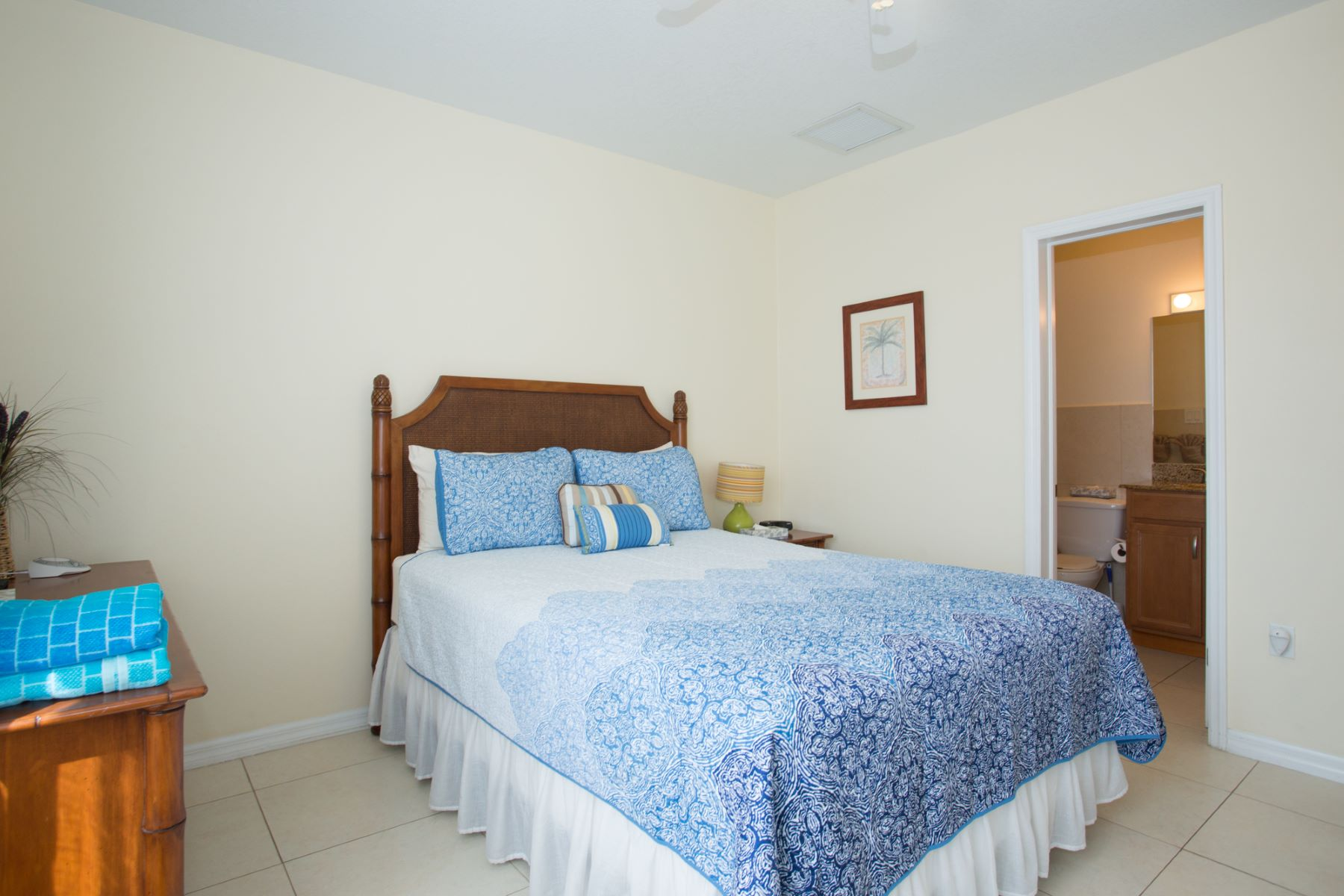 Additional photo for property listing at Turtle Nest Condos Bodden Town, Gran Caimán Islas Caimán
