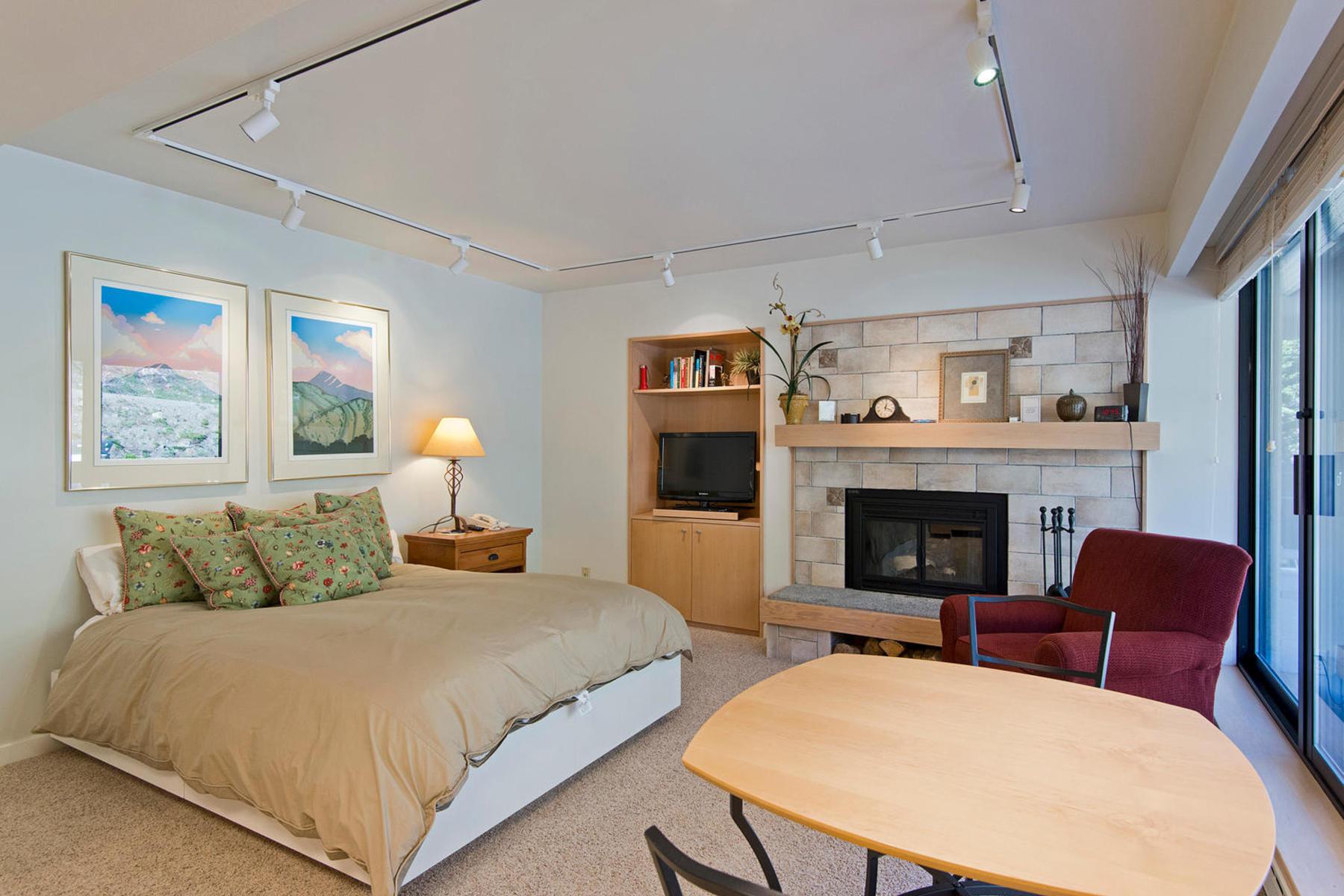 Condomínio para Venda às Darling Snowbird Condo 9202 E Lodge Dr #511 Snowbird, Utah, 84092 Estados Unidos