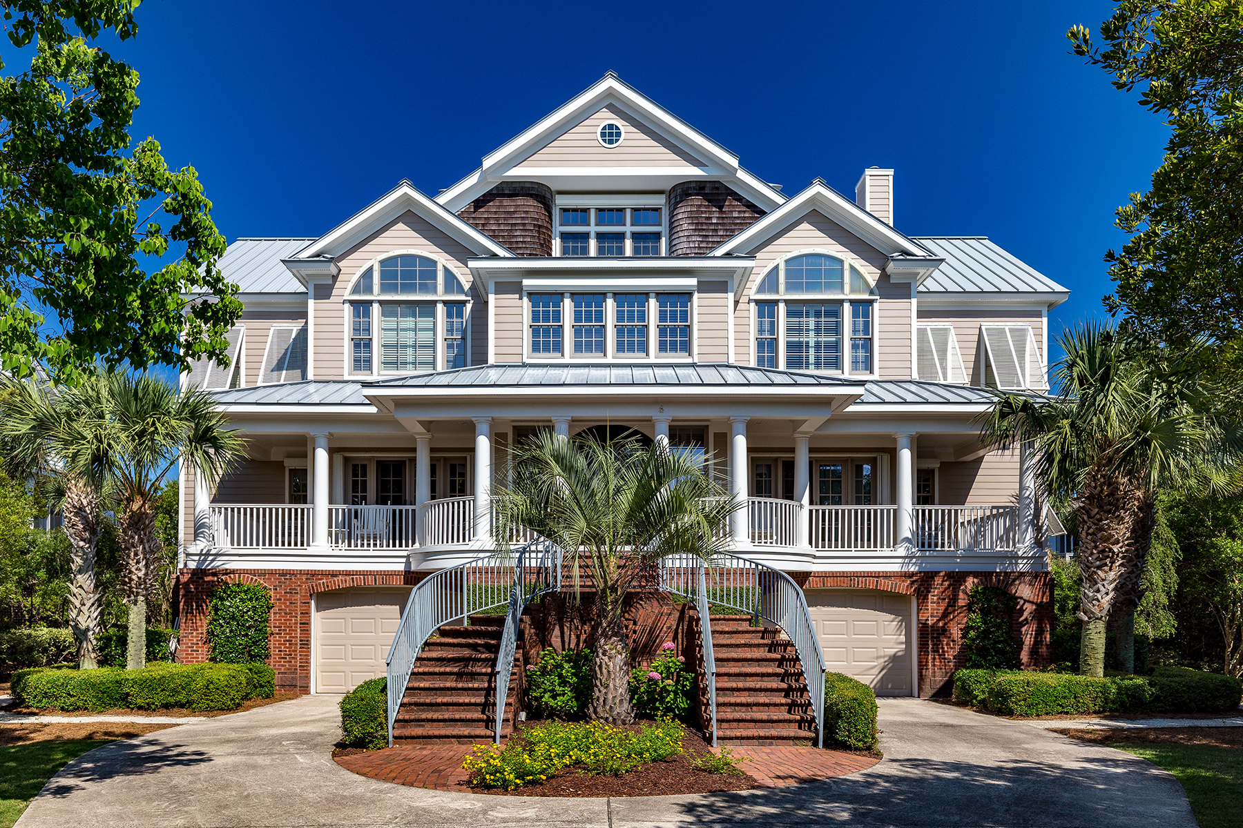 Single Family Home for Sale at 417 Beach Bridge Rd Pawleys Island, South Carolina, 29585 United States
