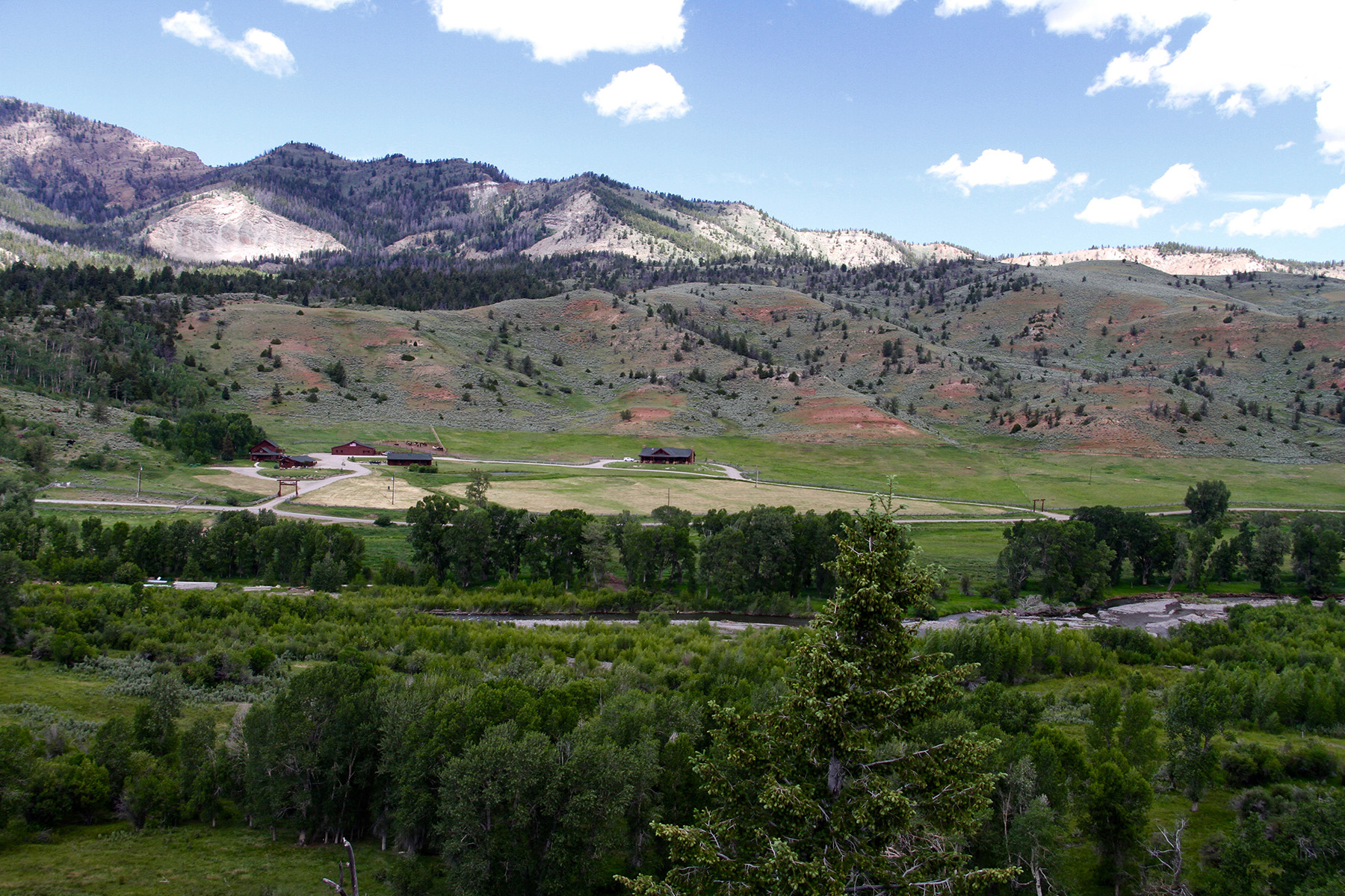 Additional photo for property listing at Wood River Ranch 1261 Road 4DT Meeteetse, Wyoming 82433 United States