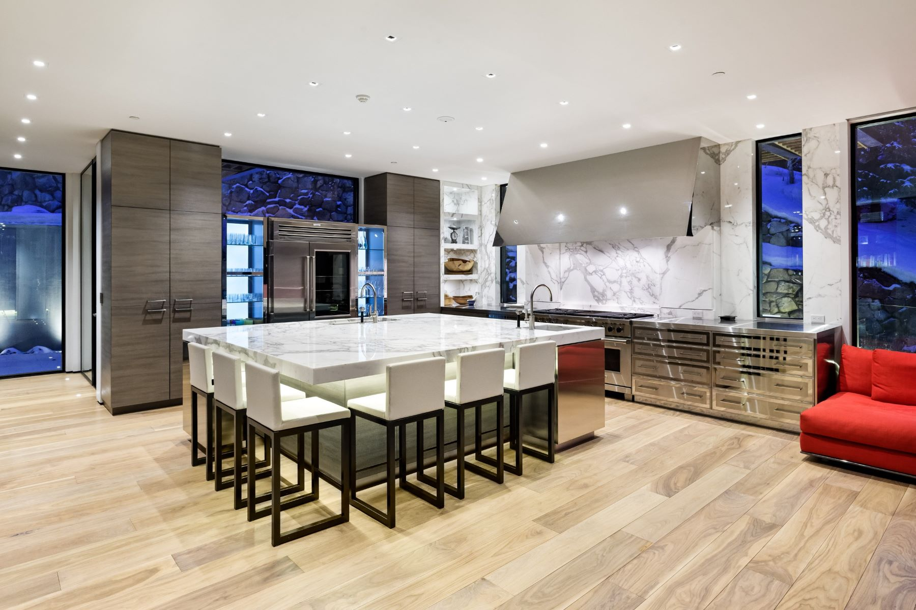 Additional photo for property listing at Magnificent Contemporary Home with Extraordinary Views on Willoughby Way 343 Willoughby Way Aspen, Colorado 81611 United States