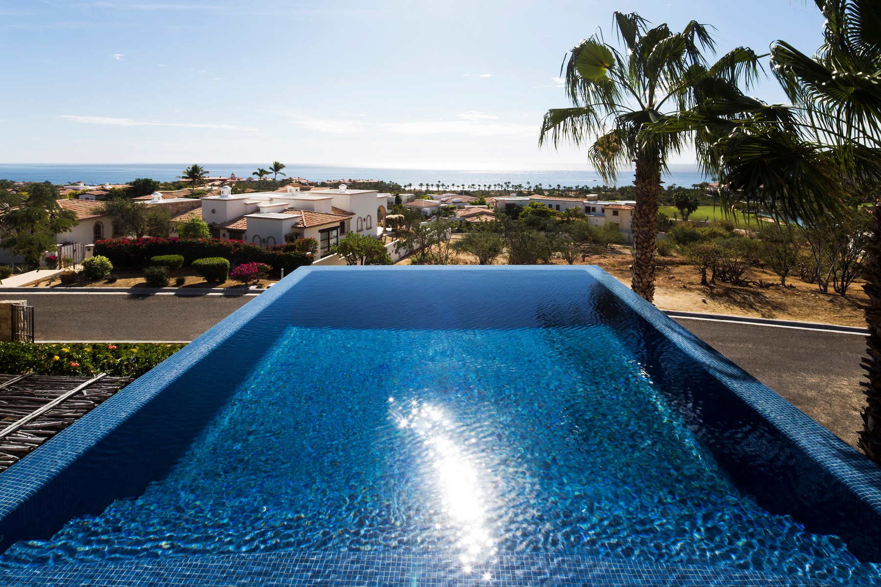 Additional photo for property listing at Casa Faro Las Colinas lote 18 Casa  Faro Cabo San Lucas, Baja California Sur 23455 México