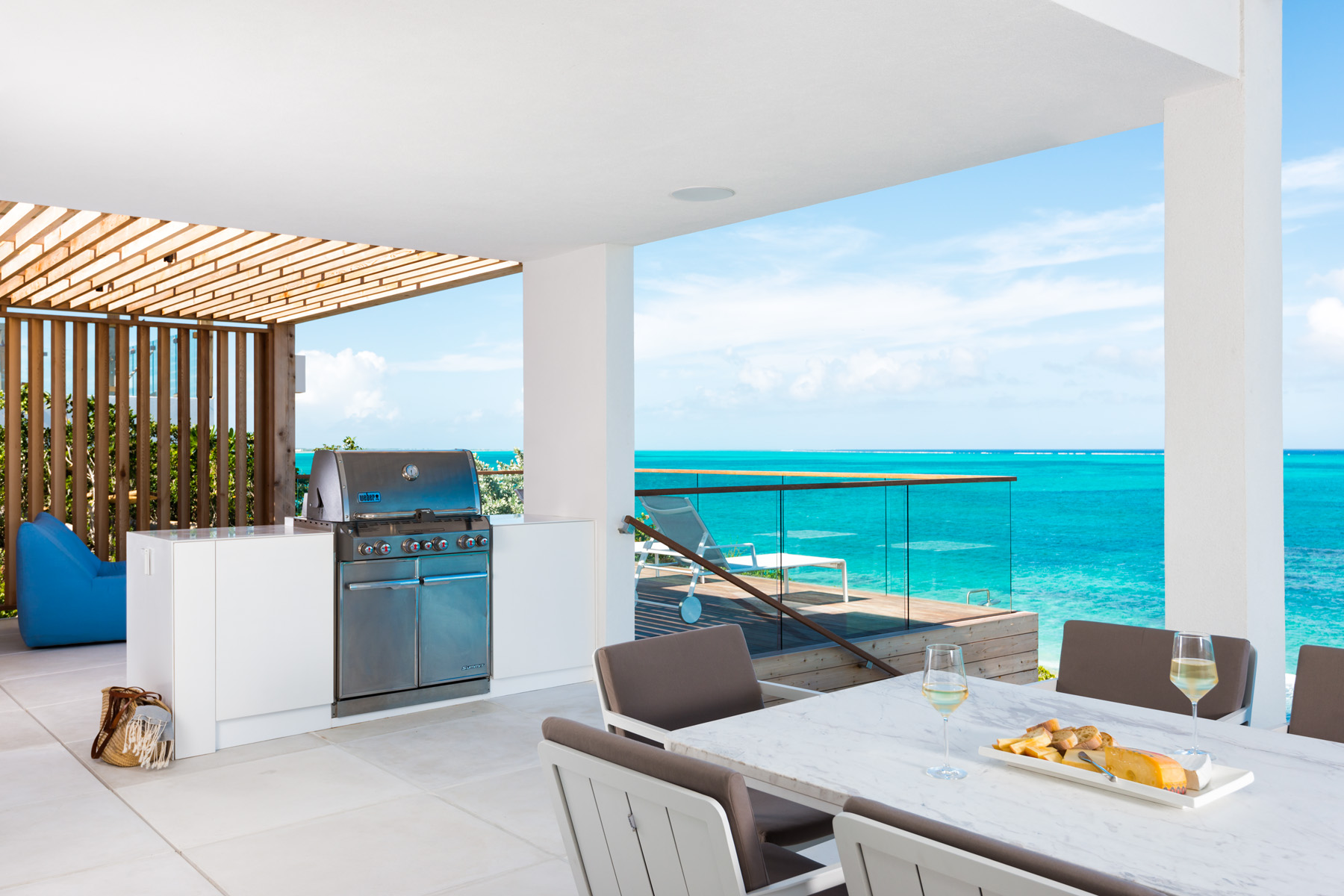 Additional photo for property listing at BEACH ENCLAVE LONG BAY - Design One 4B Beachfront Long Bay, Providenciales TCI Îles Turques Et Caïques