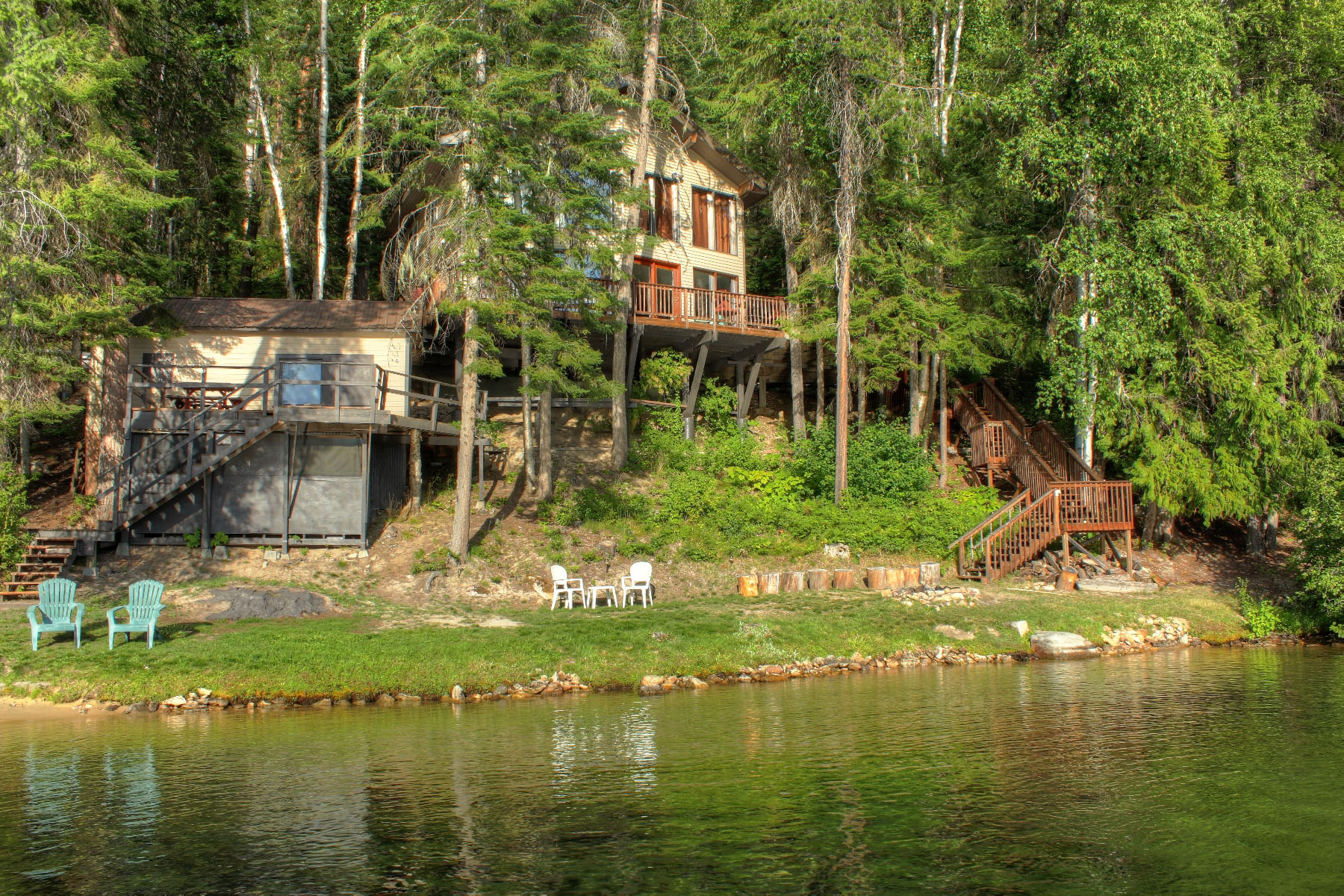 Single Family Home for Sale at Waterfront home located in beautiful Cavanaugh Bay 308 E Cavanaugh Bay Rd Coolin, Idaho, 83821 United States