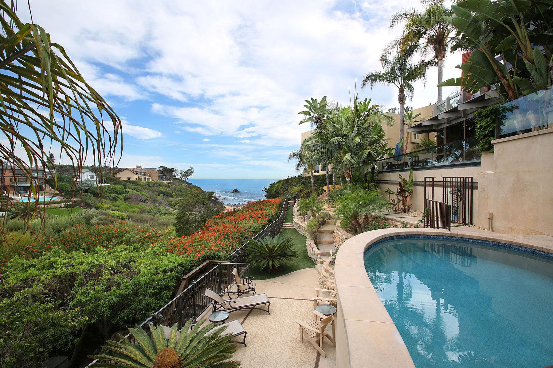 Moradia para Venda às Idyllic Seaside Living 218 Hazel Drive Corona Del Mar, Califórnia, 92625 Estados Unidos