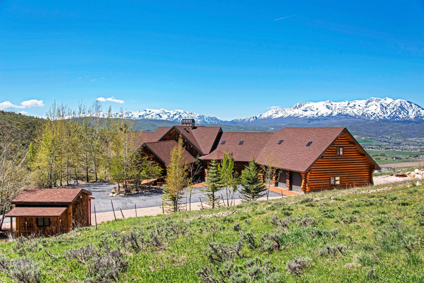 Casa Unifamiliar por un Venta en Breathtaking views from luxury Neville log home 9542 Kelley Dr Huntsville, Utah, 84317 Estados Unidos