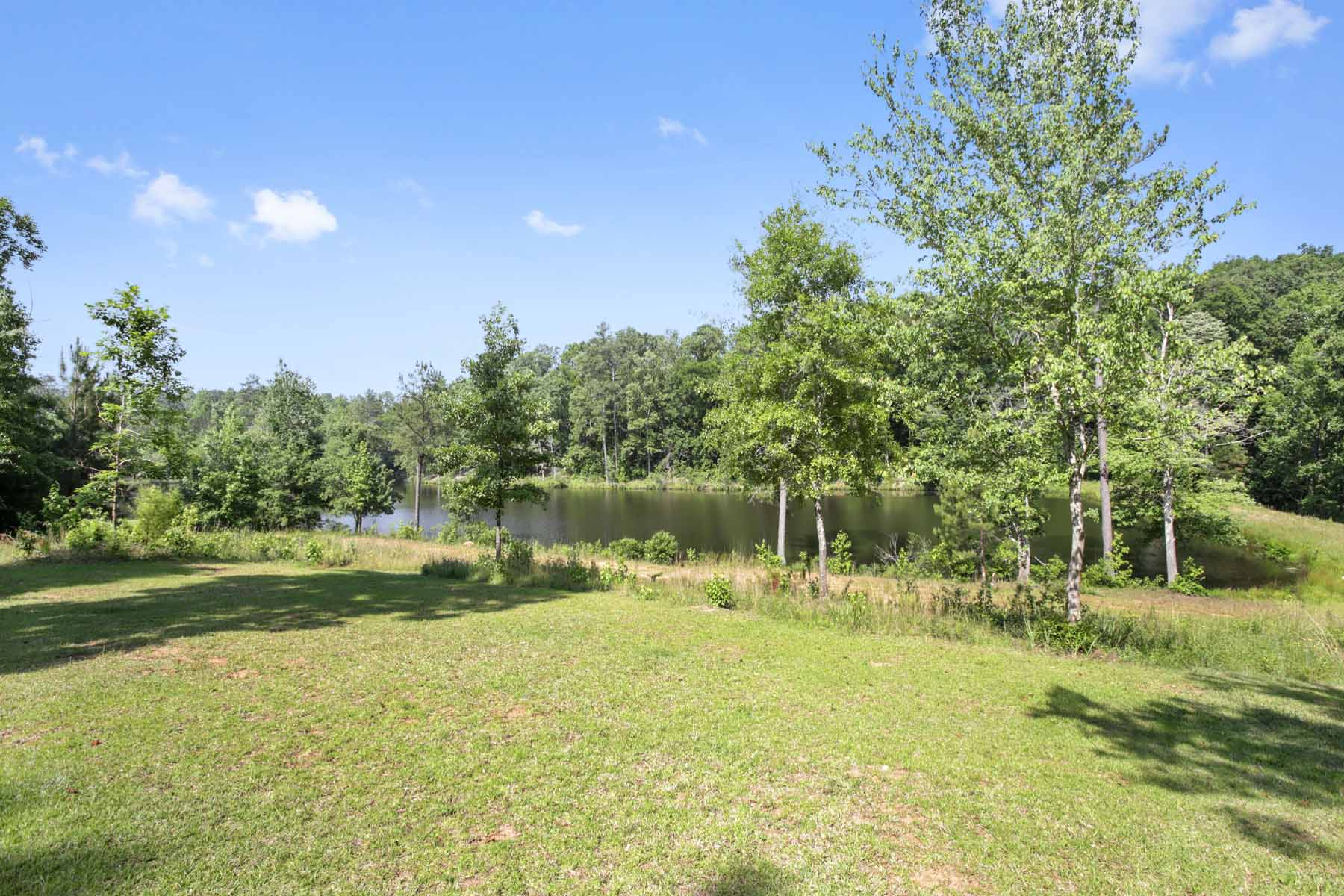 Additional photo for property listing at Create your getaway just around the corner from the Serenbe community! 10873 Hutcheson Ferry Road Chattahoochee Hills, Georgia 30268 United States