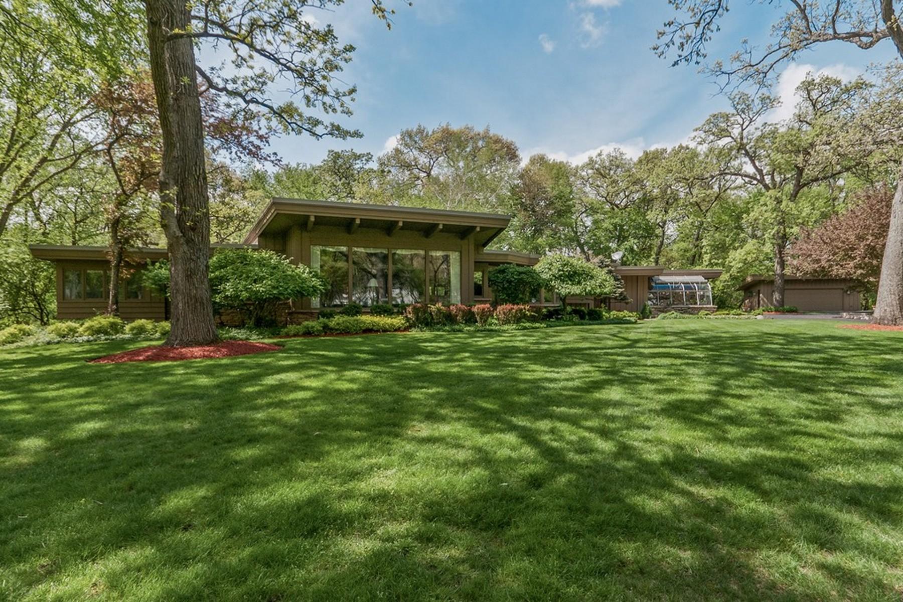 Nhà ở một gia đình vì Bán tại Enduring And Extraordinary 276 Donlea Road Barrington Hills, Illinois, 60010 Hoa Kỳ
