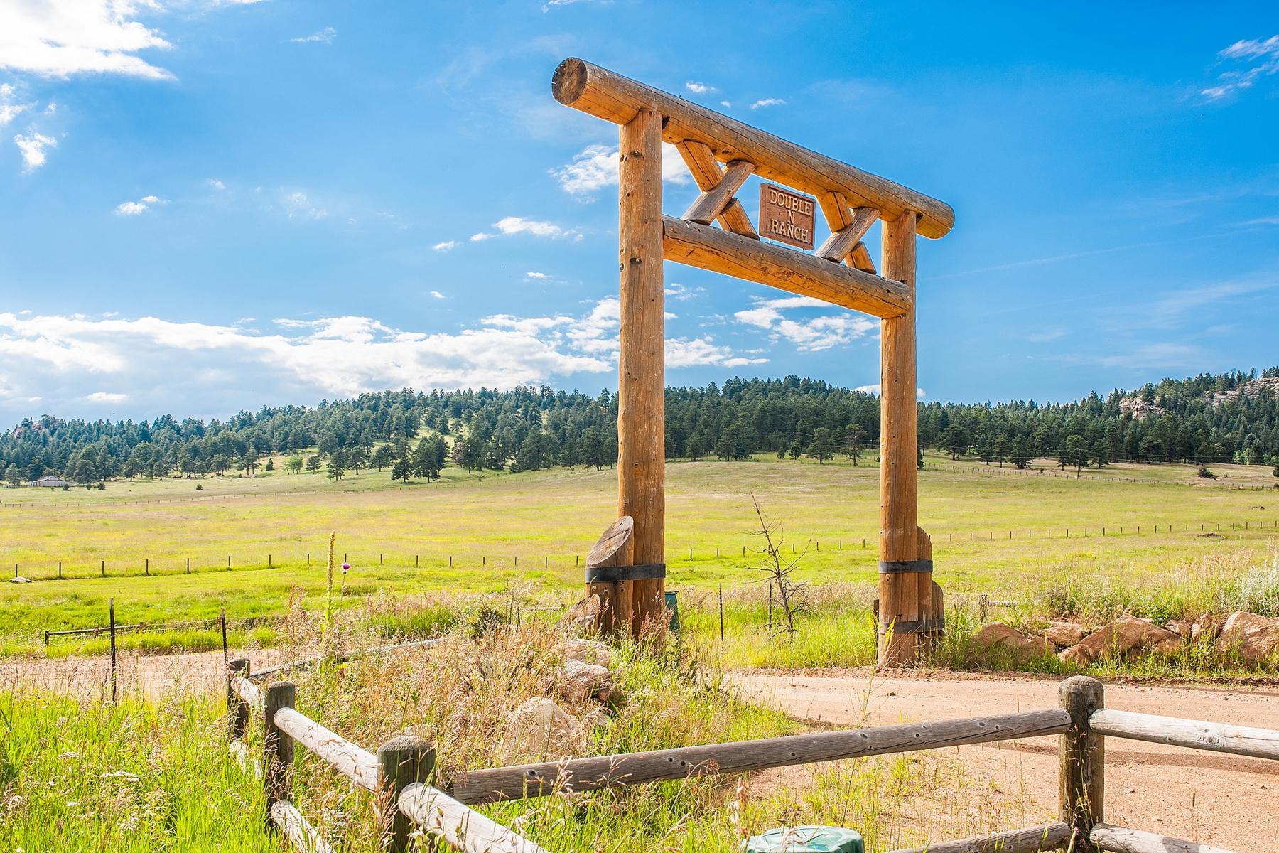 토지 용 매매 에 Double N Ranch 33391 Buffalo Park Road Evergreen, 콜로라도, 80439 미국