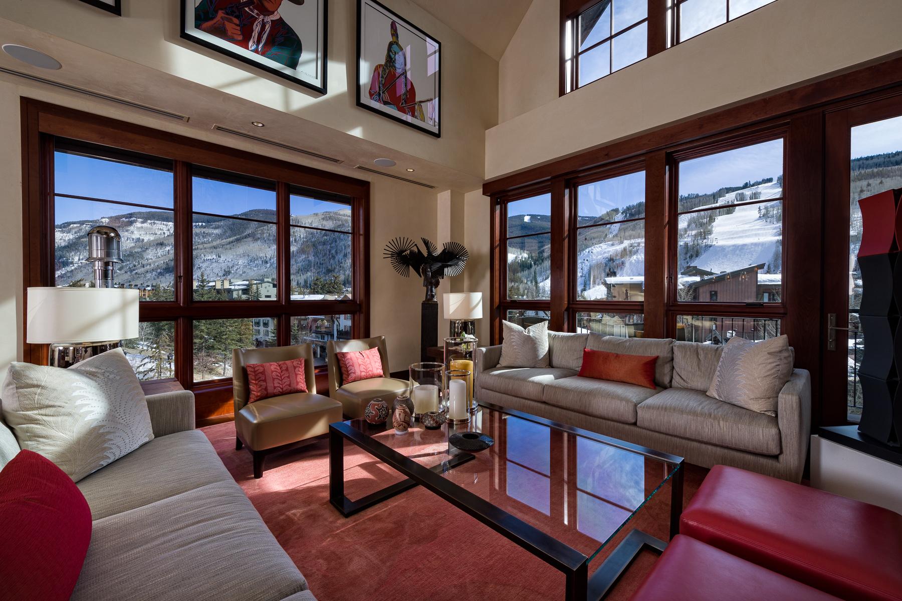 コンドミニアム のために 売買 アット Magnificent Solaris Penthouse 141 E. Meadow Drive #PHHE Vail Village, Vail, コロラド, 81657 アメリカ合衆国