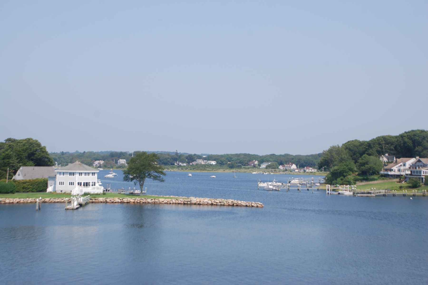 Additional photo for property listing at Boater's Dream 15 Narrows Road Narragansett, Rhode Island 02882 United States