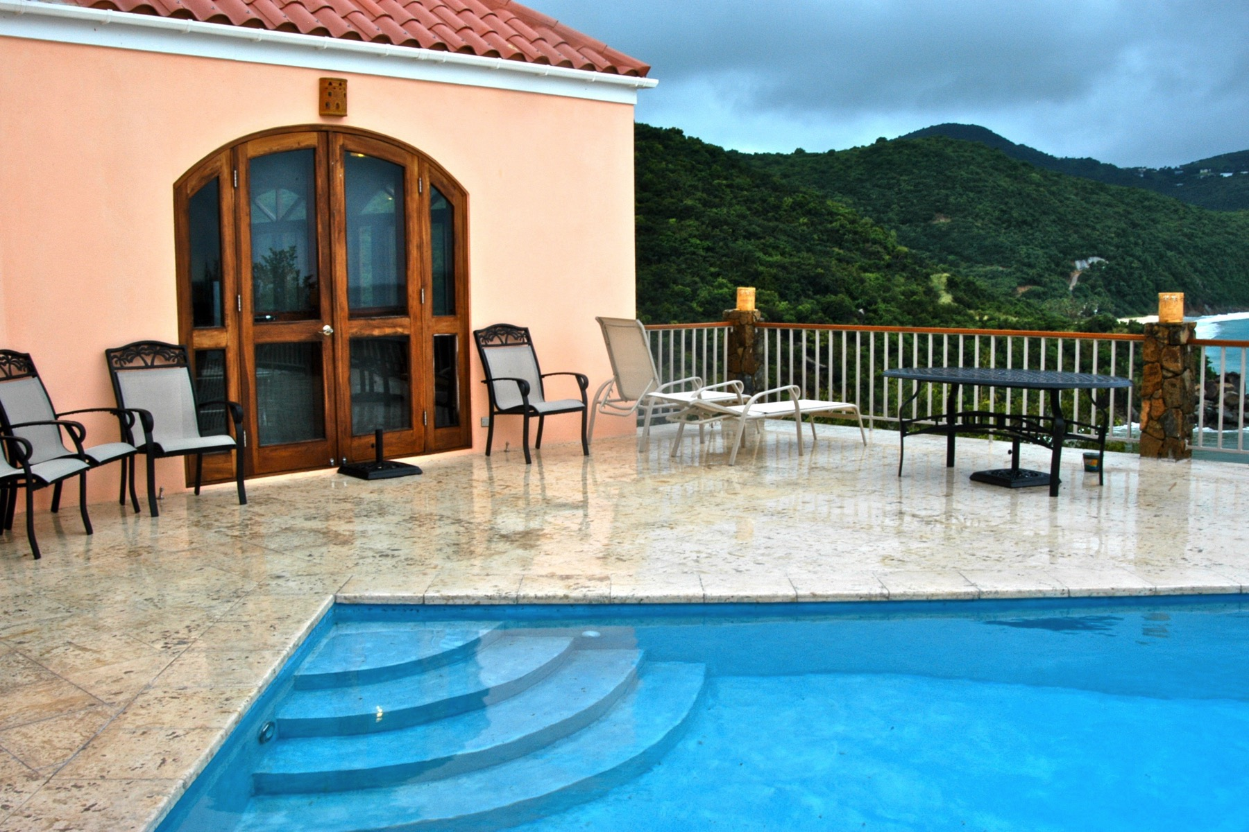 Additional photo for property listing at Villa Iona Little Bay, 托爾托拉 英屬維京群島