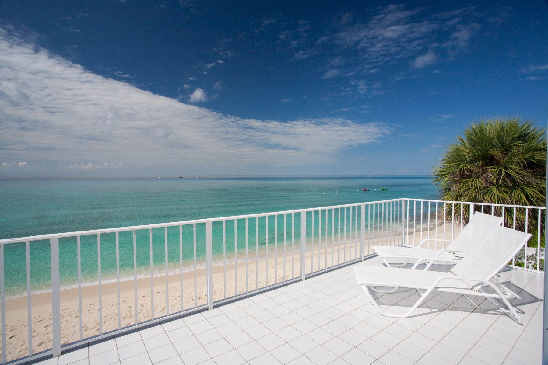 Additional photo for property listing at Villa Rosa, Boggy Sand Rd Villa Rosa Boggy Sand Rd Seven Mile Beach,  KY1 Cayman Islands