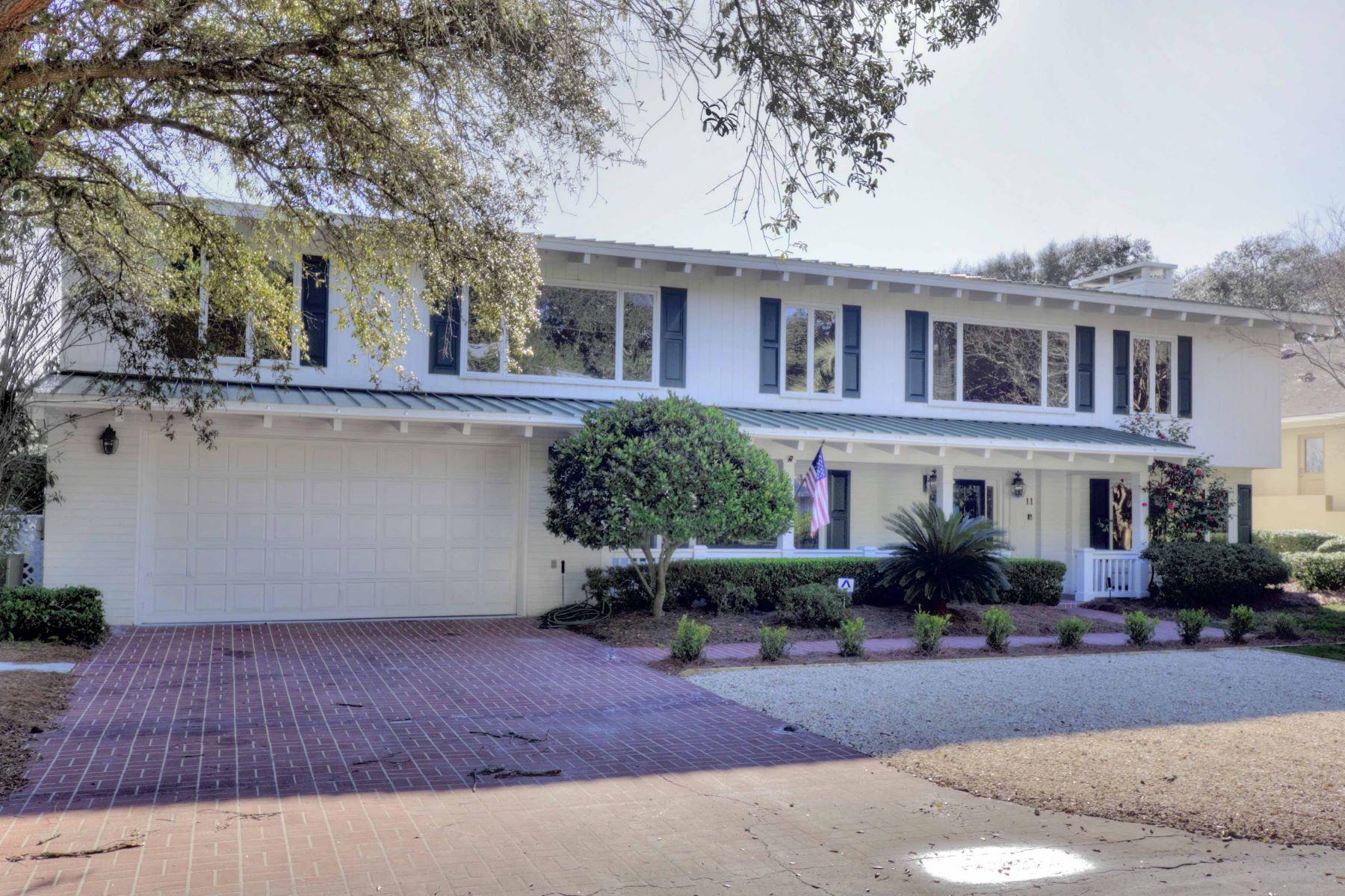 Maison unifamiliale pour l Vente à 11 Bliss Lane Jekyll Island, Georgia, 31527 États-Unis