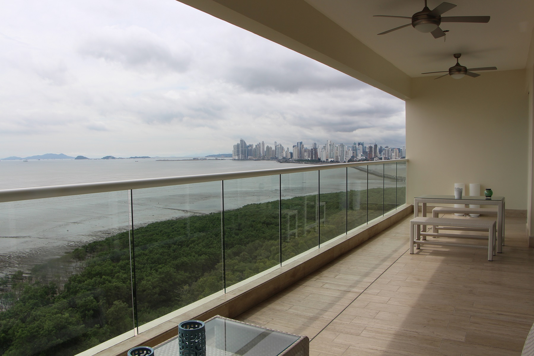 Appartement pour l Vente à PH Marea at Costa del Este Panama City, Panama, Panama