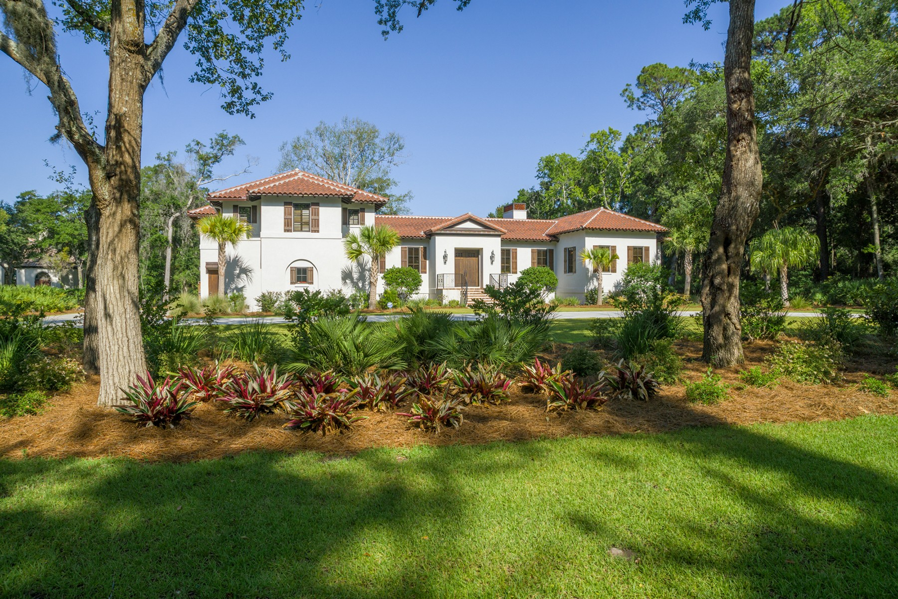 Single Family Home for Active at 136 Cuyler Lane St. Simons Island, Georgia 31522 United States