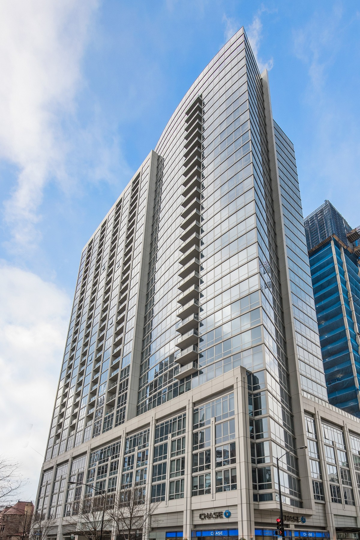 Кондоминиум для того Продажа на The Residences at Two West Delaware 2 W Delaware Place Unit 2107-08 Near North Side, Chicago, Иллинойс, 60610 Соединенные Штаты