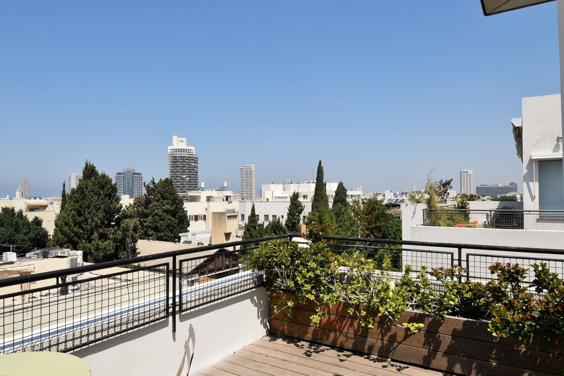 Additional photo for property listing at Historical and Unique Duplex in a Bauhaus Style Building Tel Aviv, Israel Israël