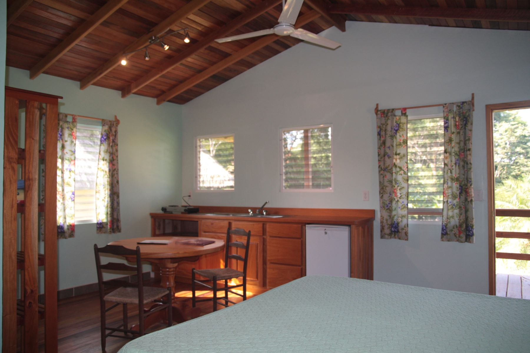 Additional photo for property listing at The Lodge at Big Falls Other Toledo, Toledo Belice