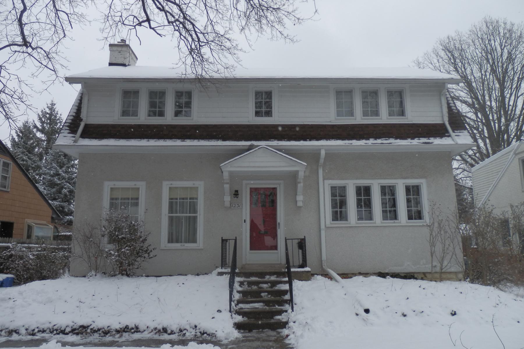 独户住宅 为 销售 在 Birmingham 1231 Cedar 伯明翰, 密歇根州, 48009 美国