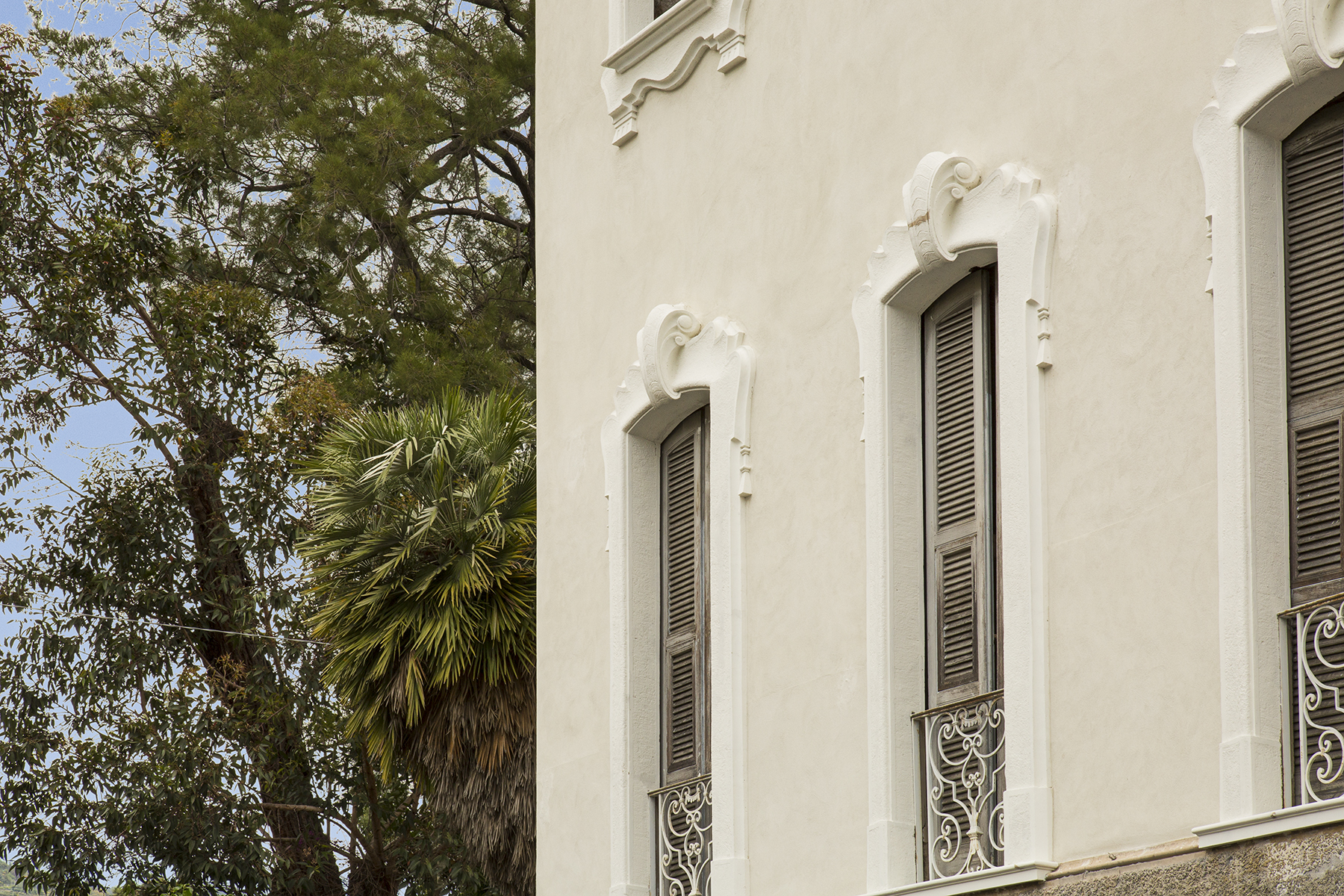 Additional photo for property listing at Villa en style Liberty à Sanremo Corso degli Inglesi Sanremo, Imperia 18038 Italie