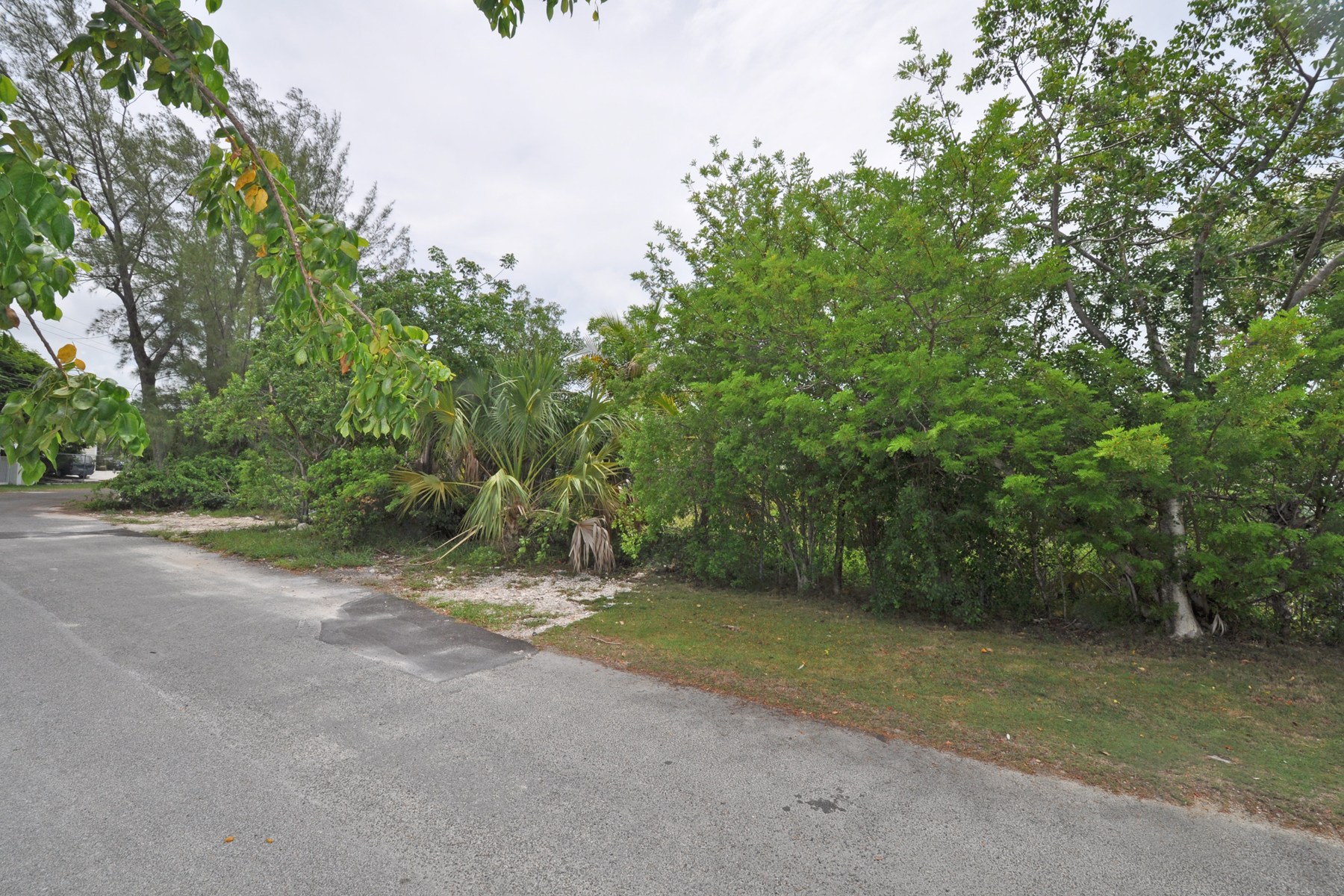 Additional photo for property listing at Coral Harbour Lot 86 Coral Harbour, Nassau And Paradise Island Bahamas