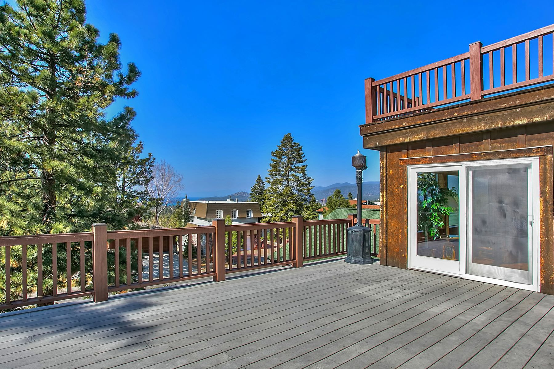 Additional photo for property listing at 3802 Lucinda Court 3802 Lucinda Court South Lake Tahoe, California 96150 United States