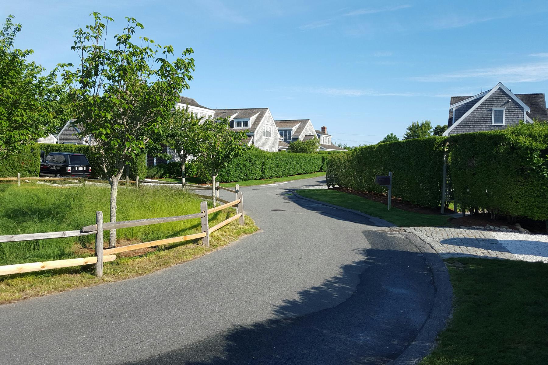 Земля для того Продажа на Perfect Vacation Neighborhood! 14 Aurora Way, Nantucket, Массачусетс, 02554 Соединенные Штаты