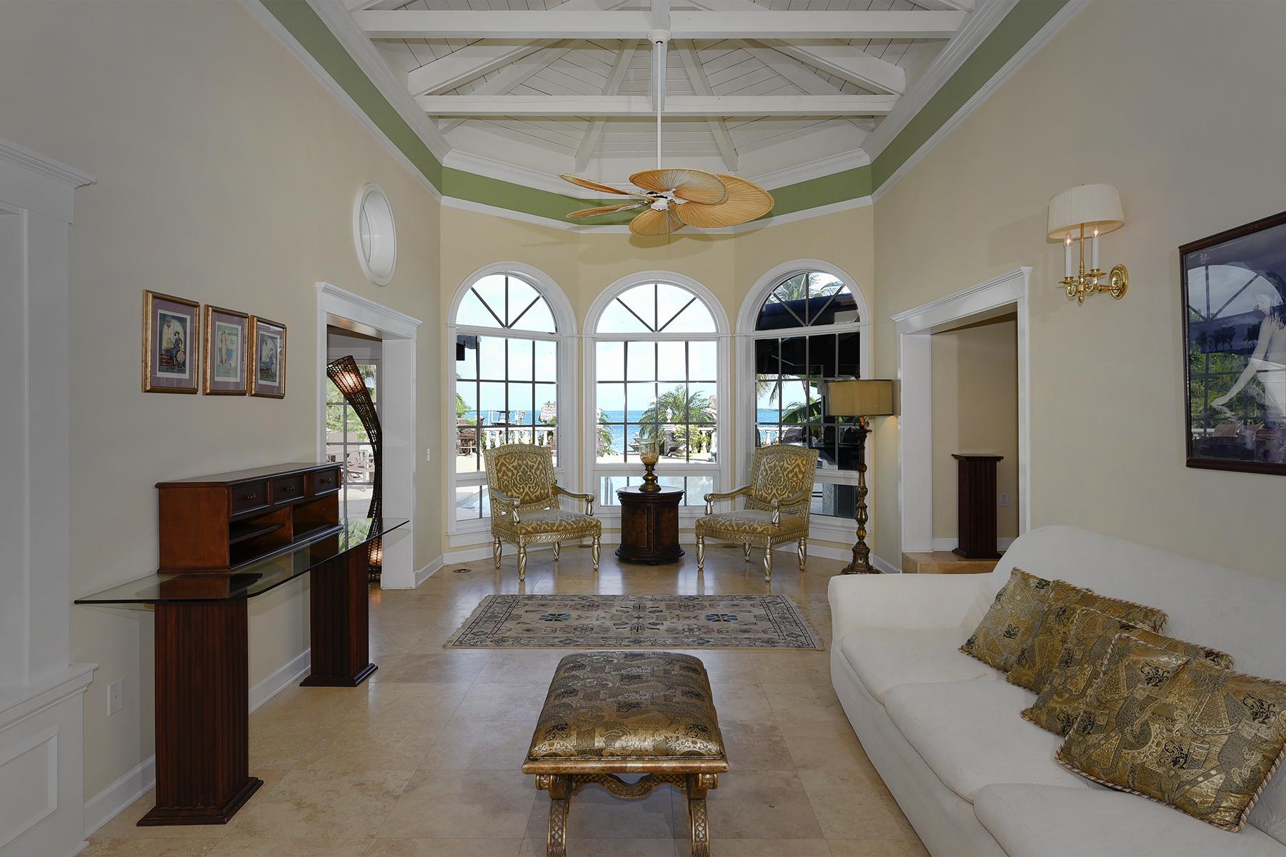 Additional photo for property listing at Elegance on the Bay 97240 Overseas Highway Key Largo, Florida 33037 Estados Unidos