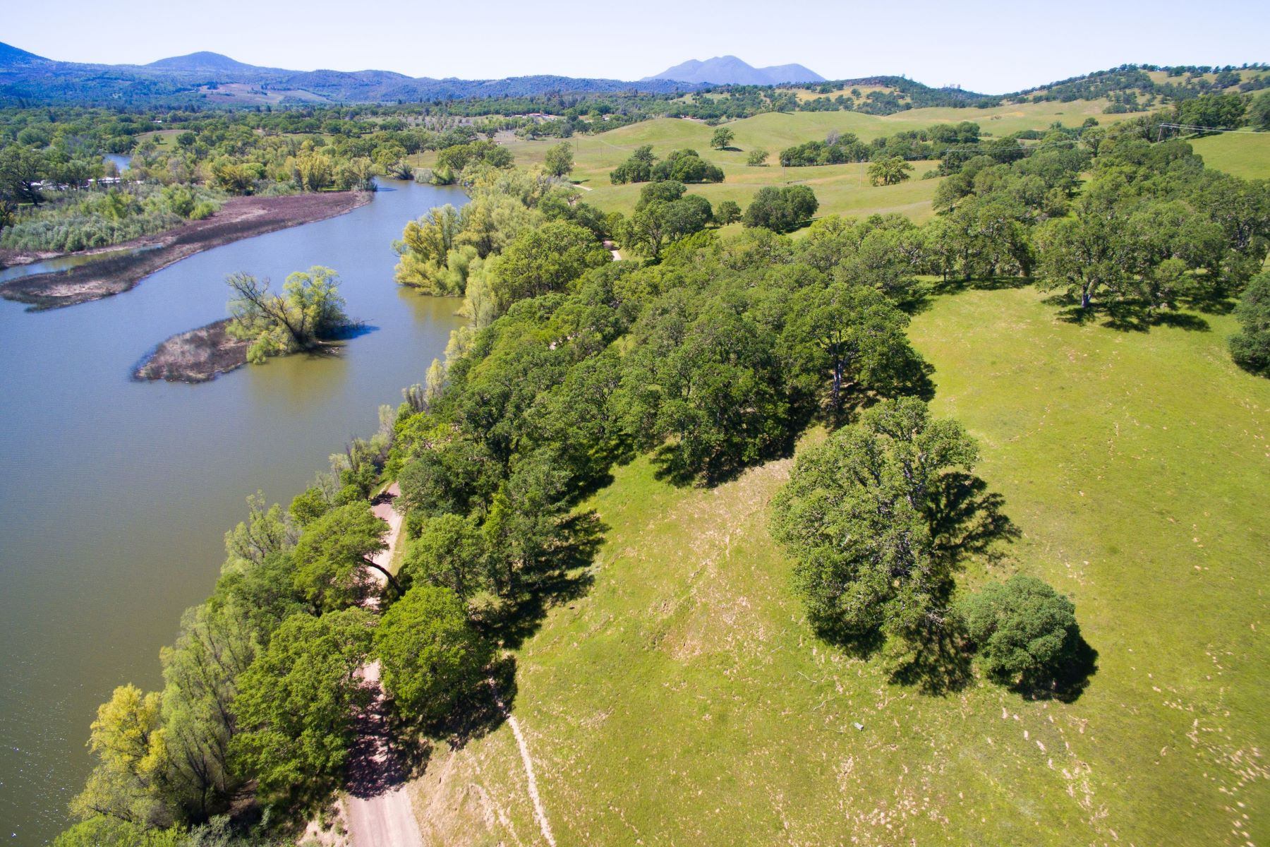 Additional photo for property listing at Spectacular Development Opportunity in Lake County 17012 Dam Road Clearlake, California 95422 United States