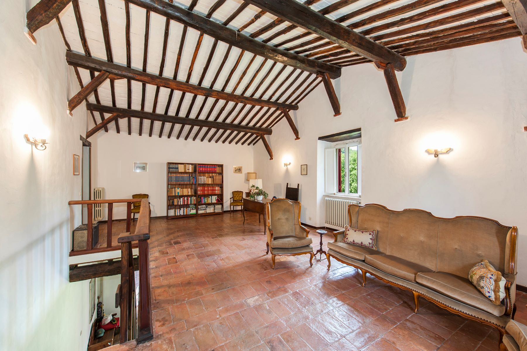 Additional photo for property listing at Beautiful farmhouse near Orte Orte, Viterbo Italien